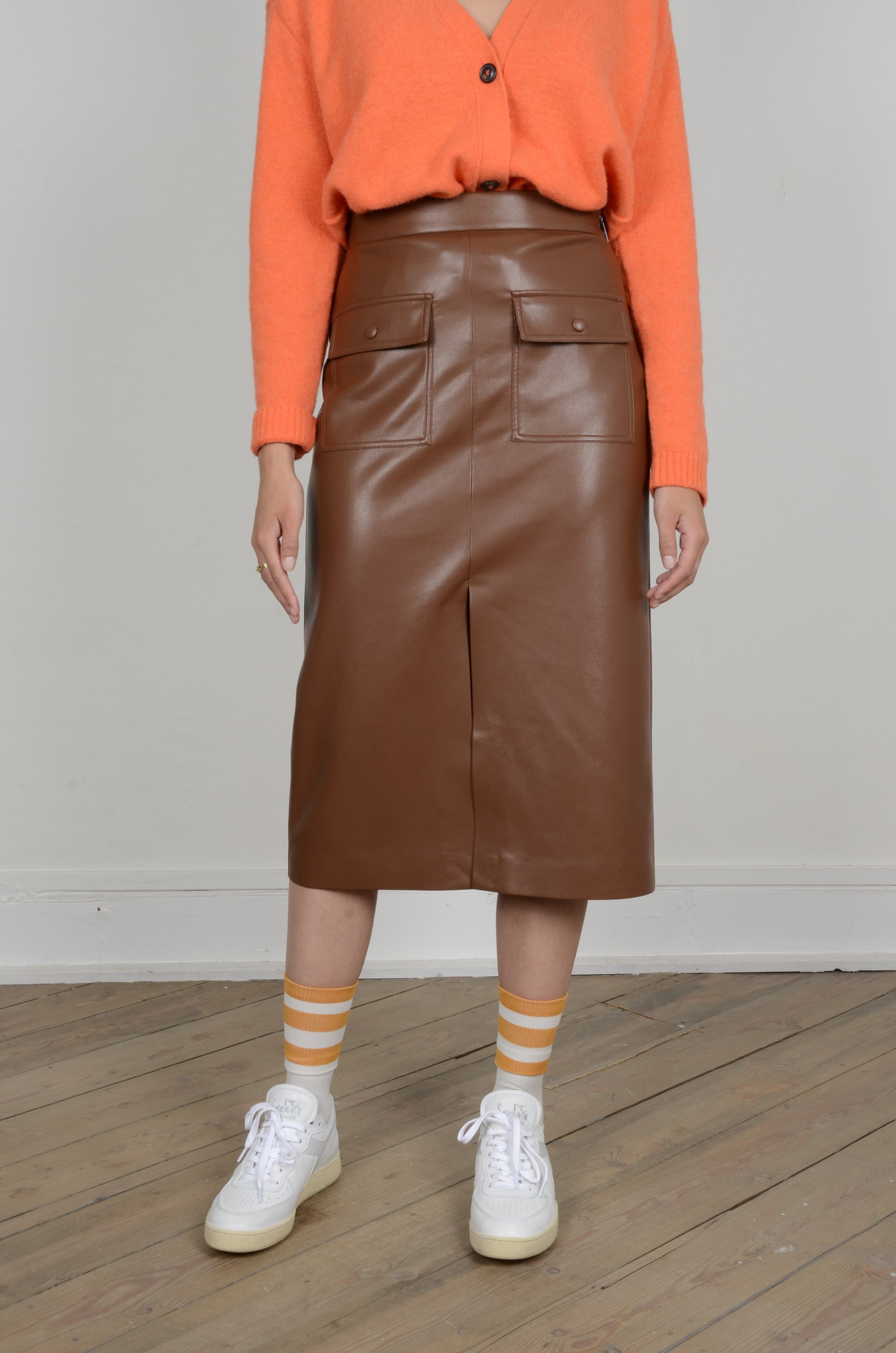 PENCIL SKIRT IN ECO LEATHER-1