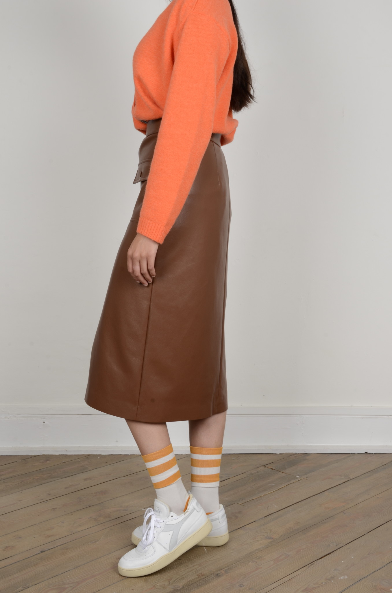 PENCIL SKIRT IN ECO LEATHER-2