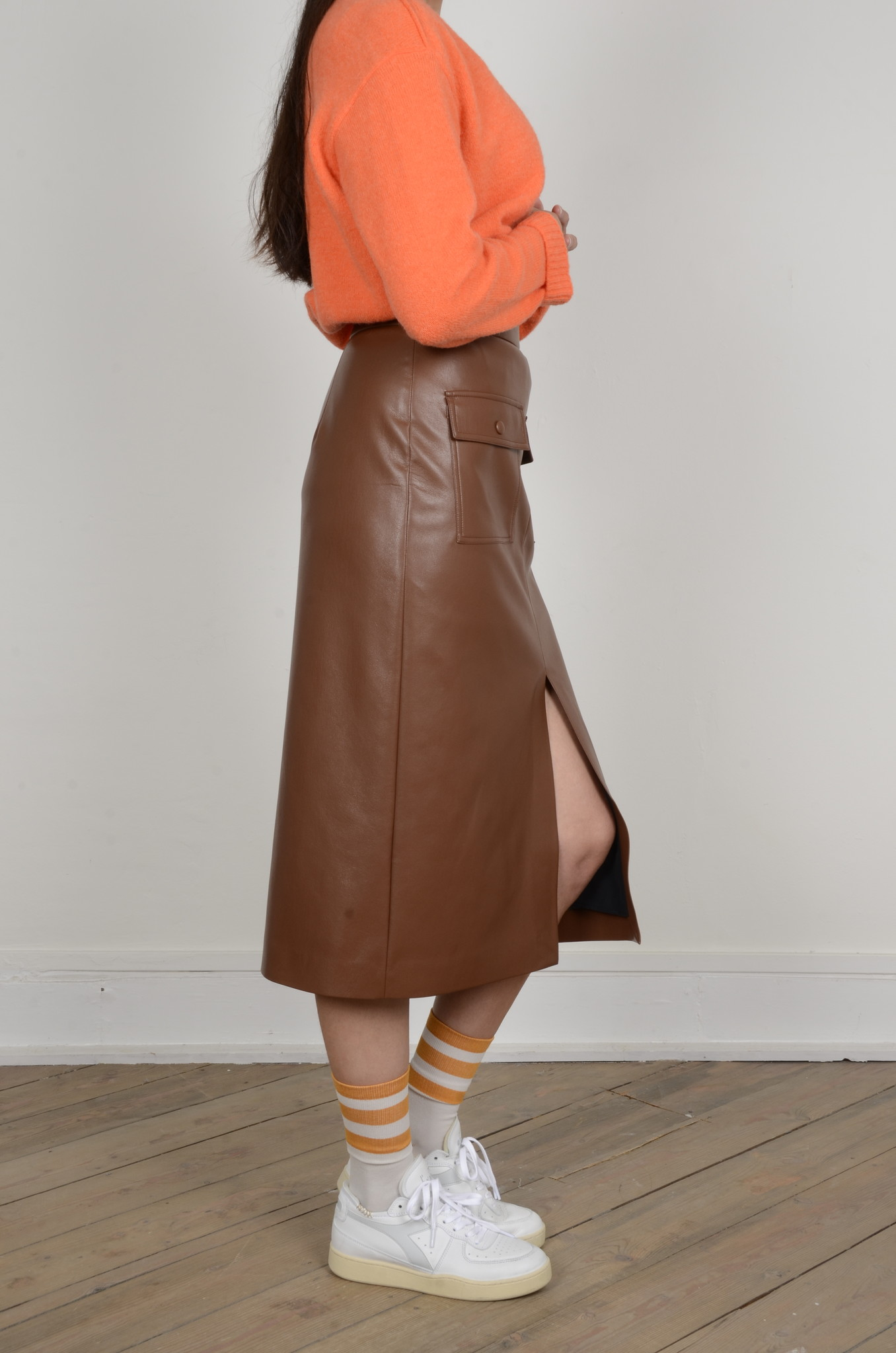 PENCIL SKIRT IN ECO LEATHER-4