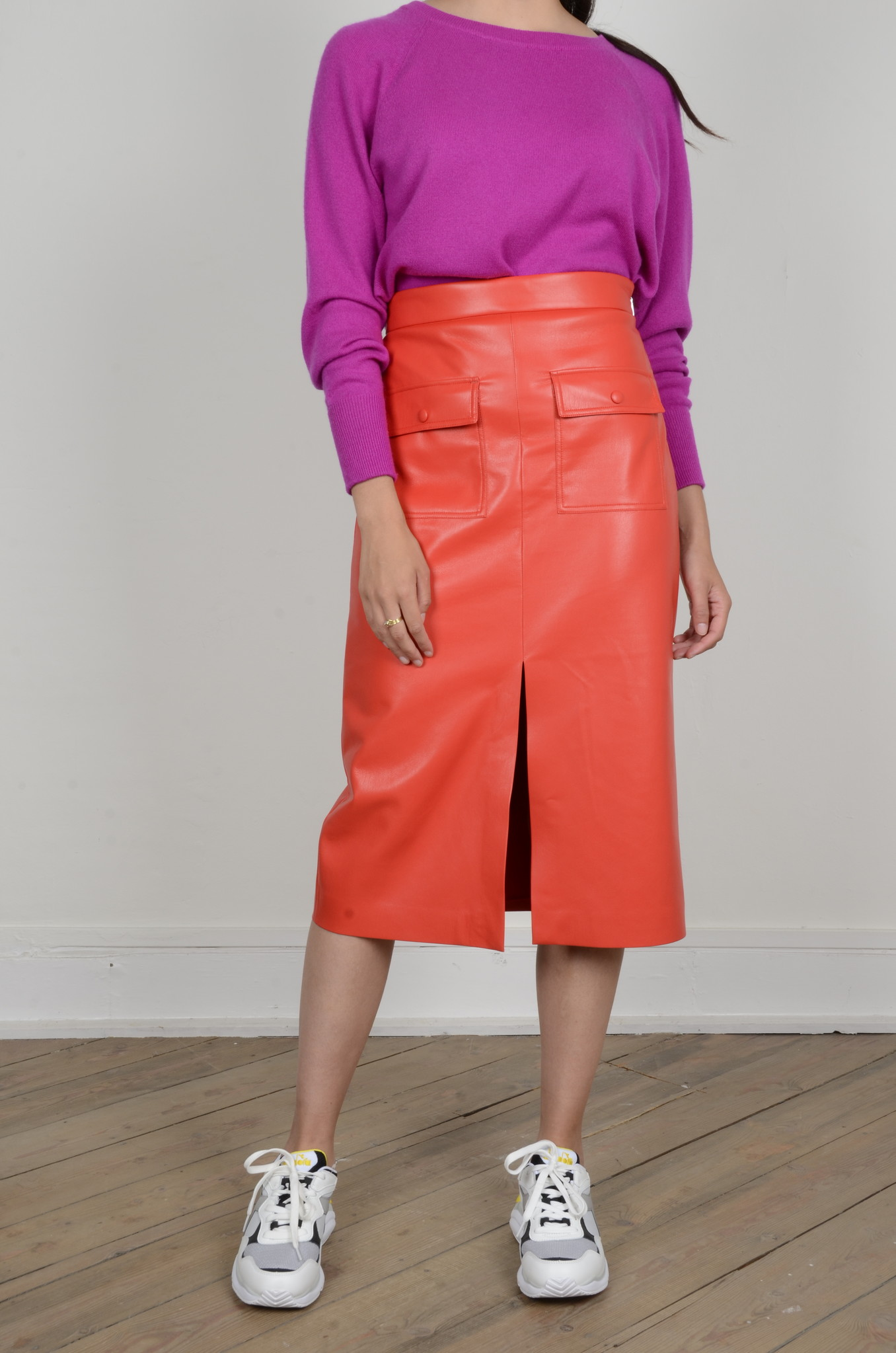 PENCIL SKIRT IN ECO LEATHER-6