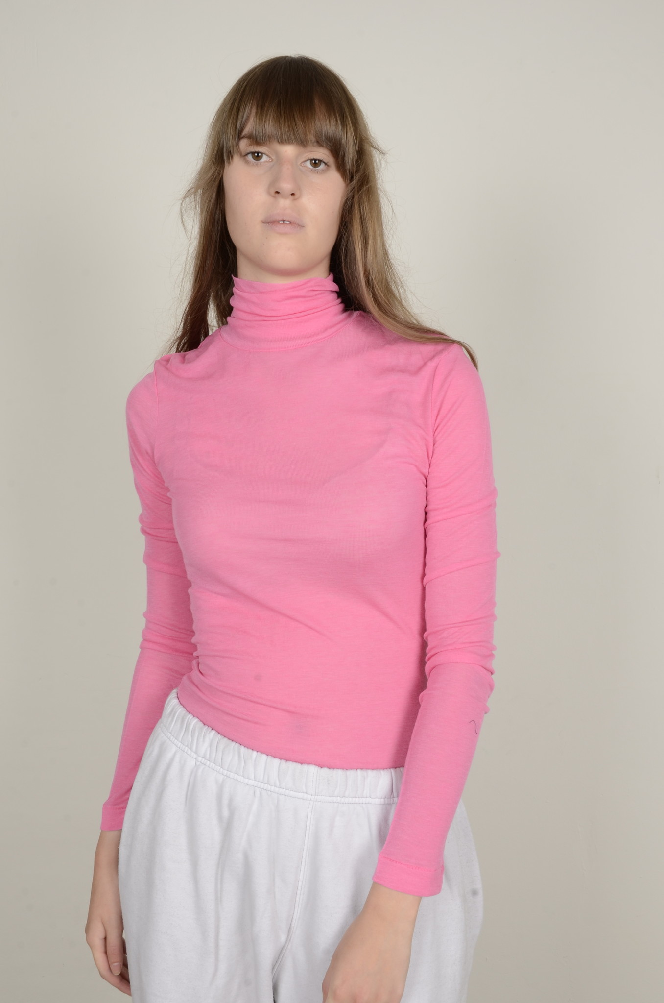 BRIGHT PINK TURTLE NECK-1