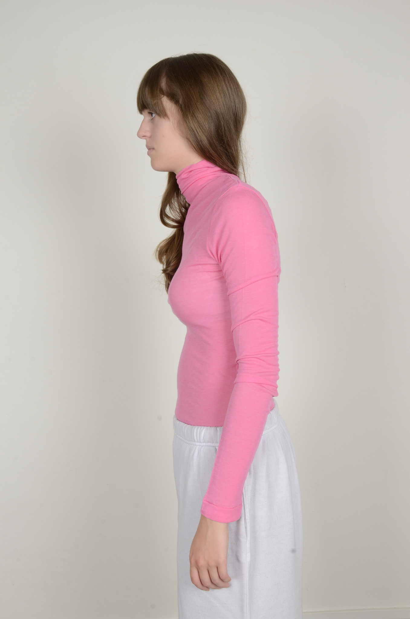 BRIGHT PINK TURTLE NECK-2