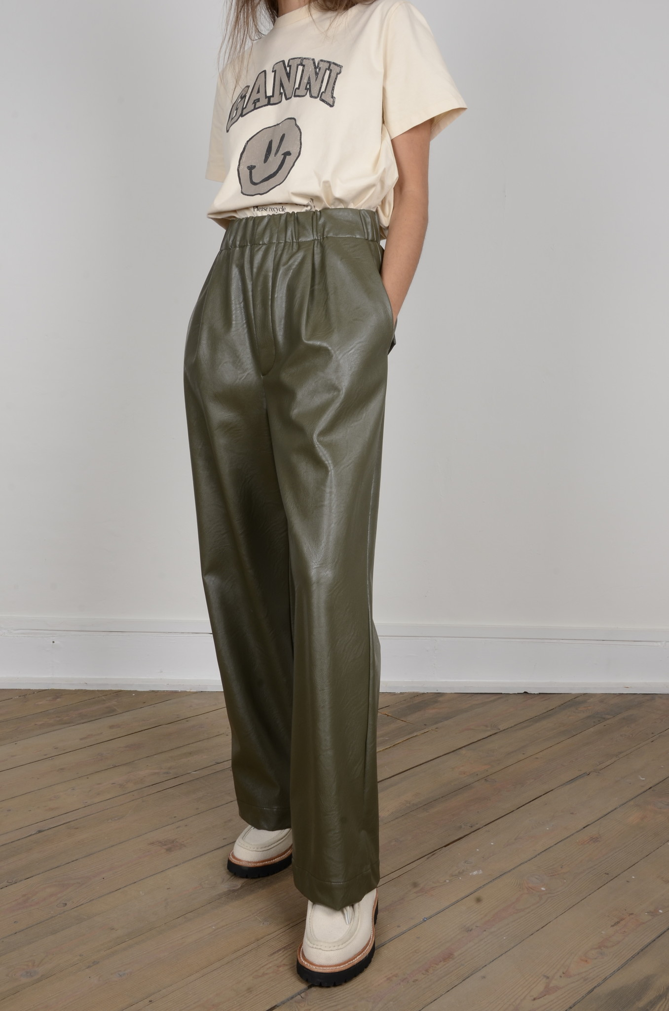 VEGAN LEATHER TROUSERS-1