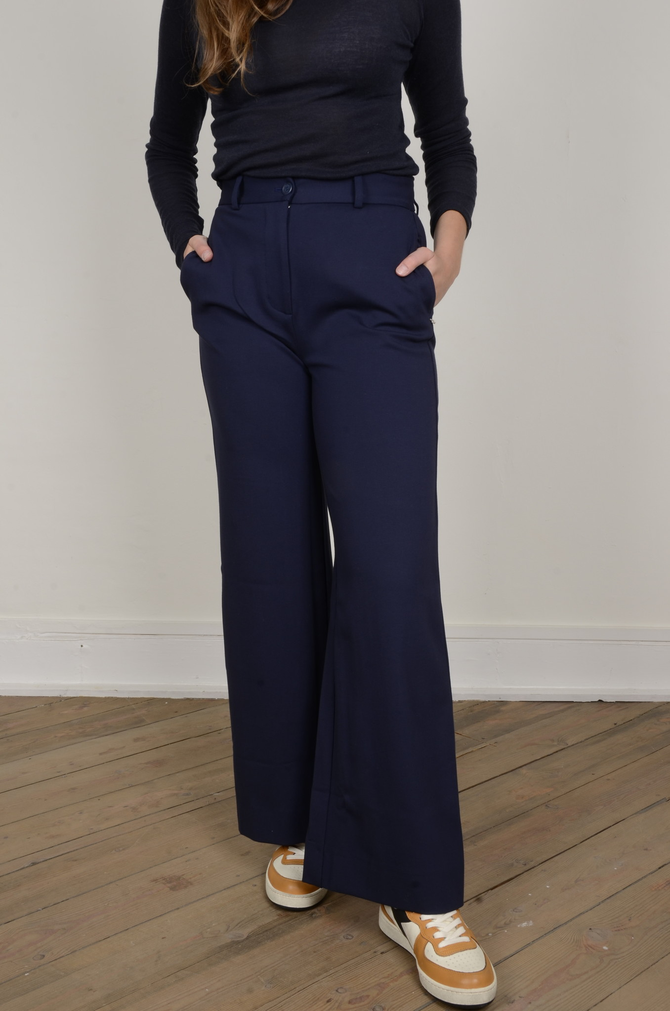 NAVY FLARED TROUSERS-5