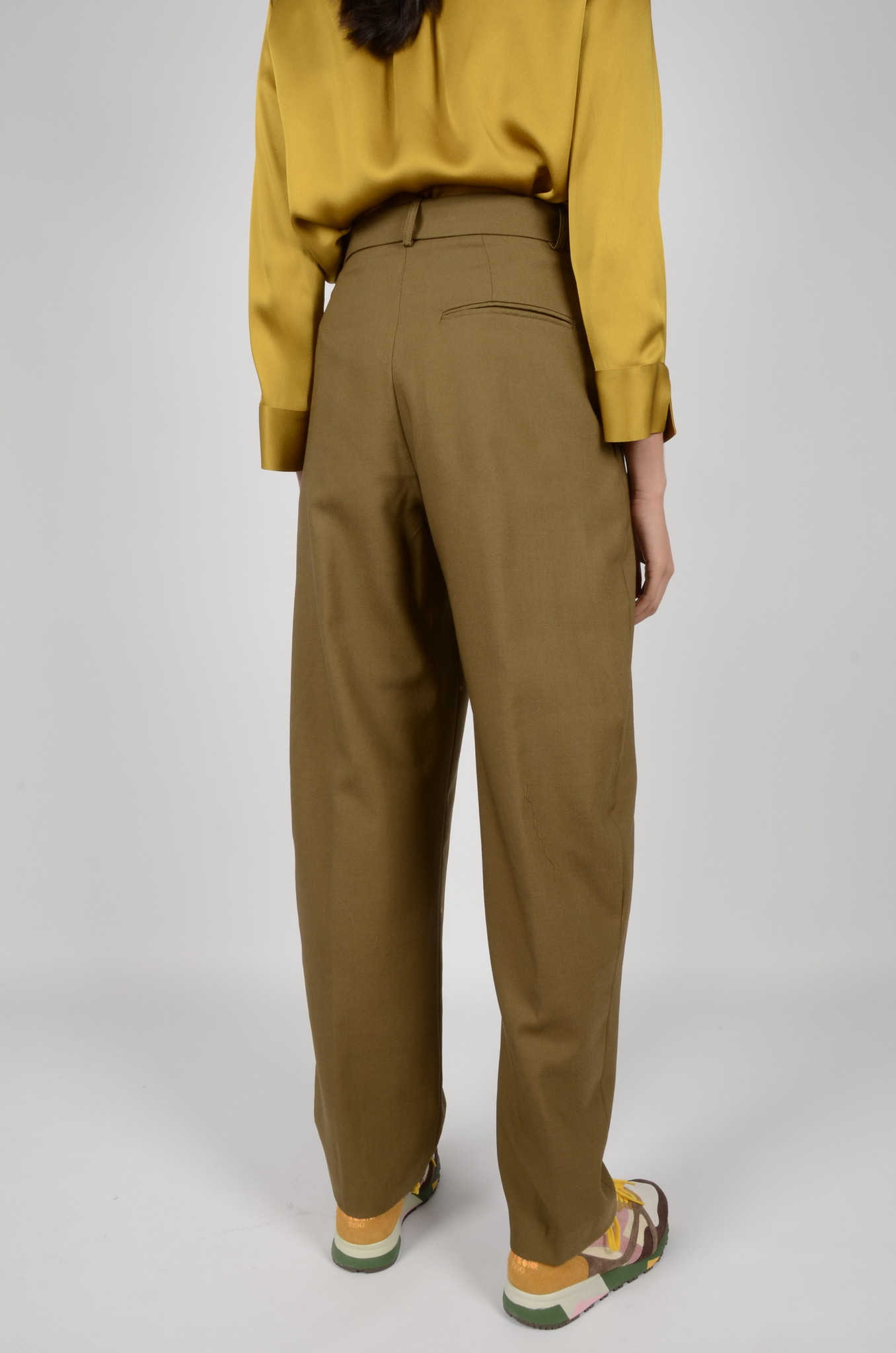 PLEATED TROUSERS-3