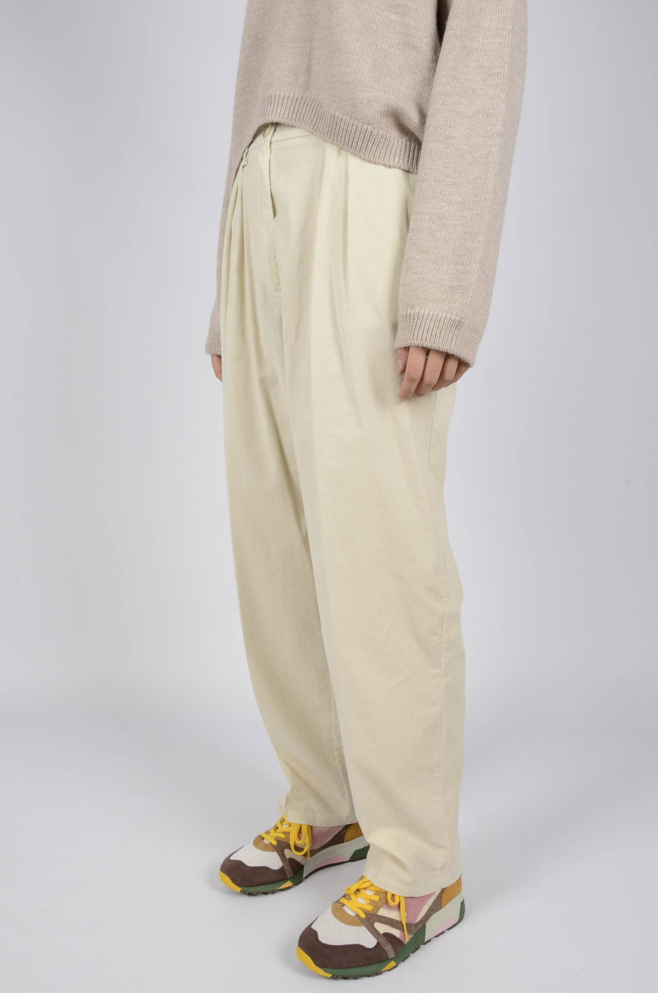 BABY RIB PLEATED TROUSERS-2