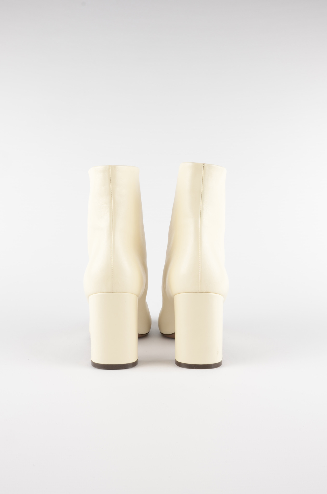 ANKLE BOOTS IN MILK-4