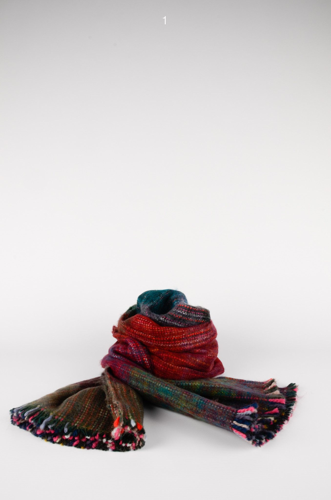 HANDWOVEN SCARF-1