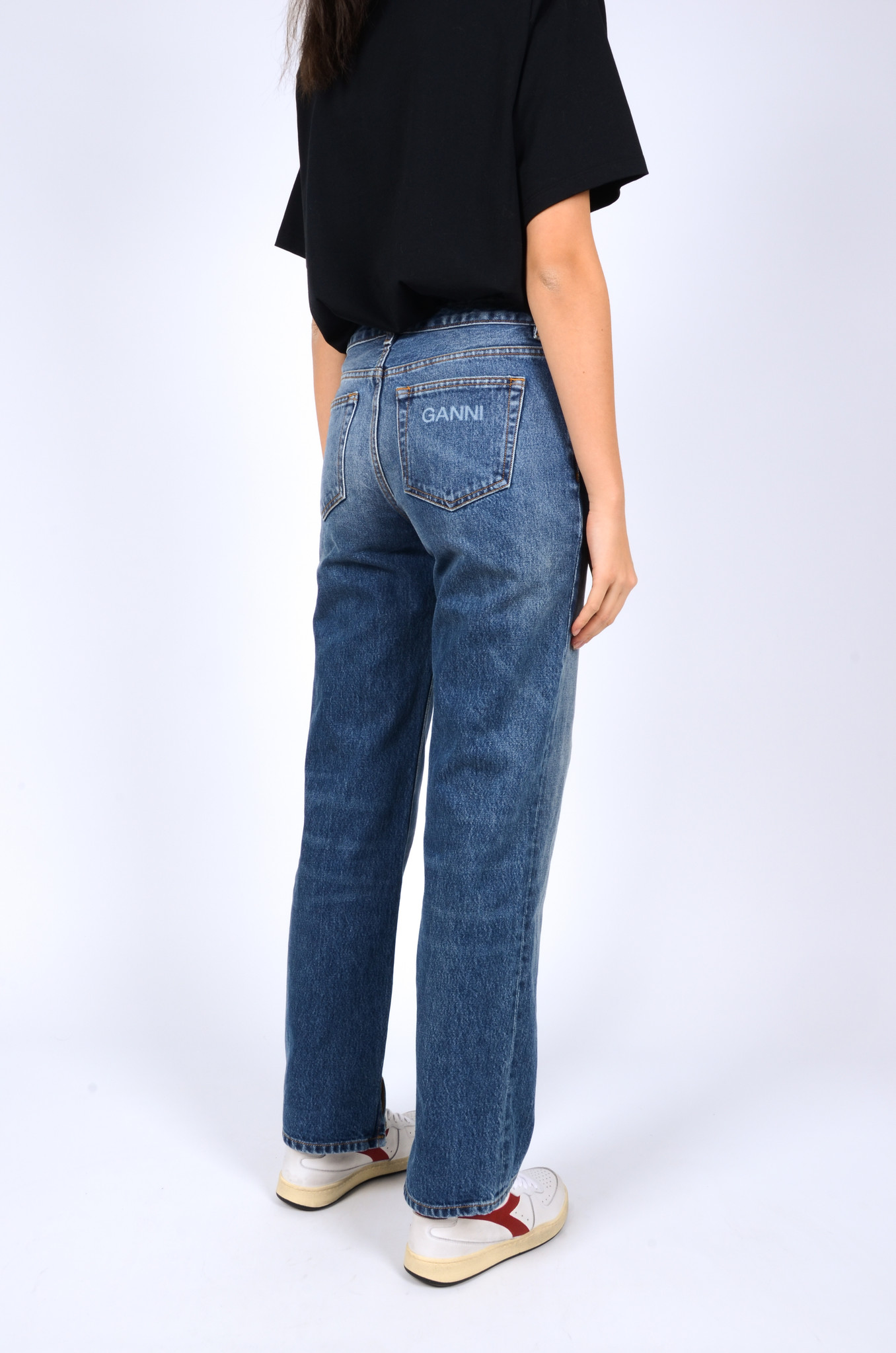 MID WAIST RELAXED FIT JEANS-4