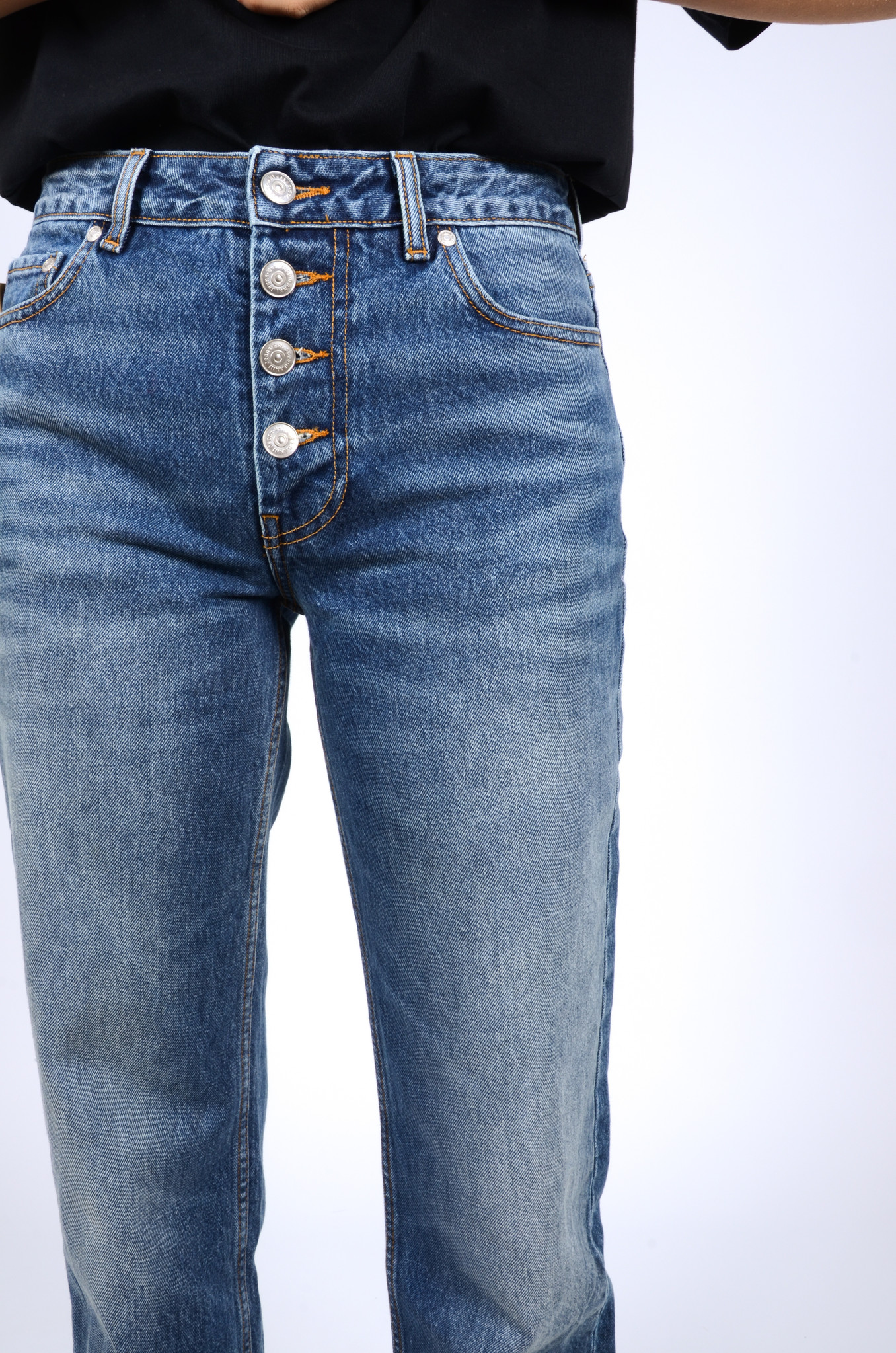 MID WAIST RELAXED FIT JEANS-5
