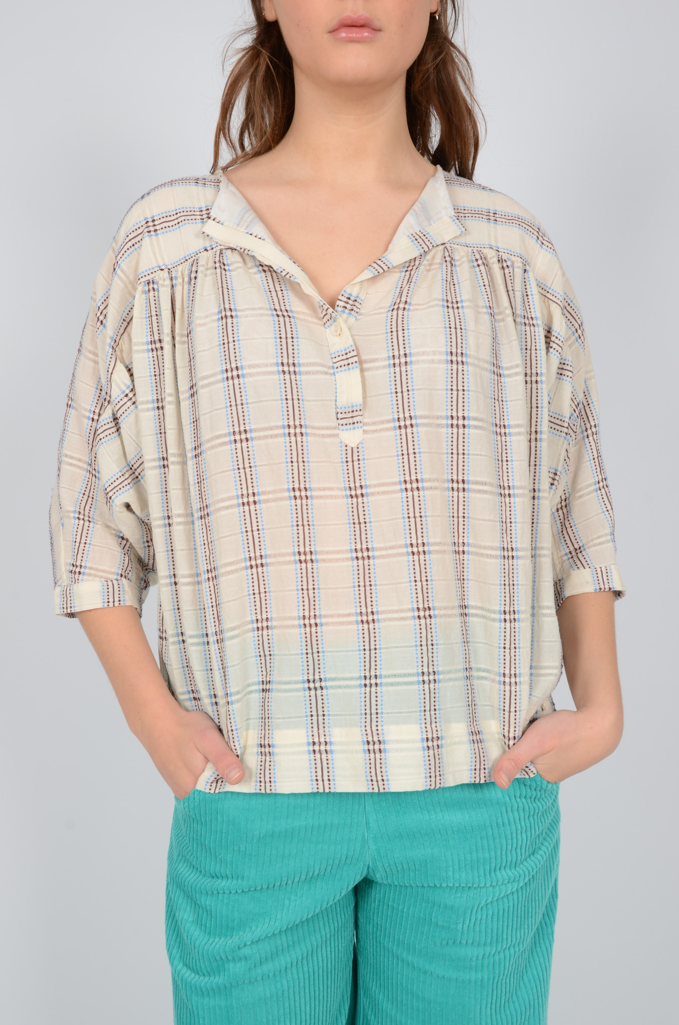 SHORT SLEEVE EMBROIDERED BLOUSE-1