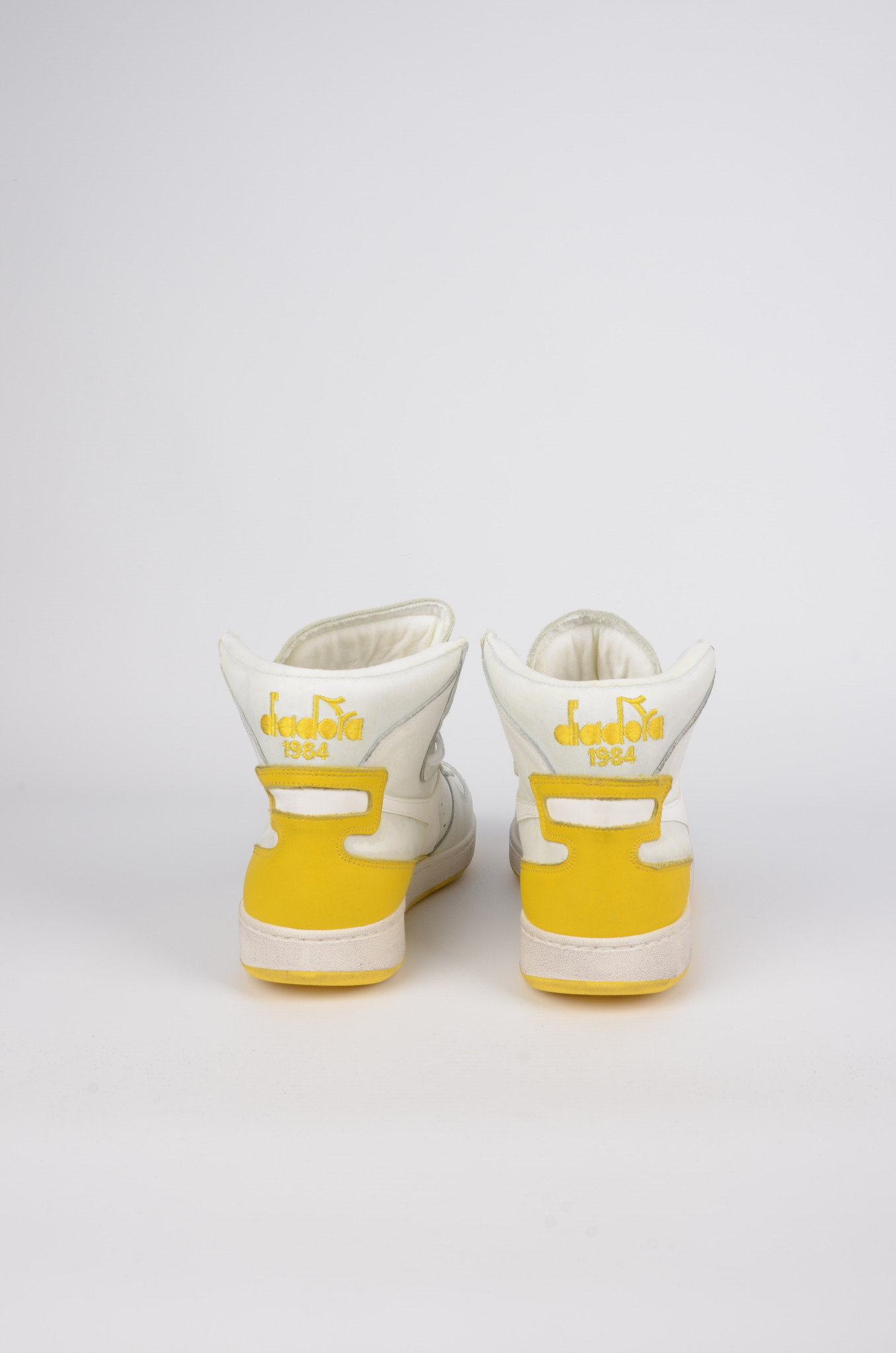 MI BASKET USED IN EMPIRE YELLOW-2
