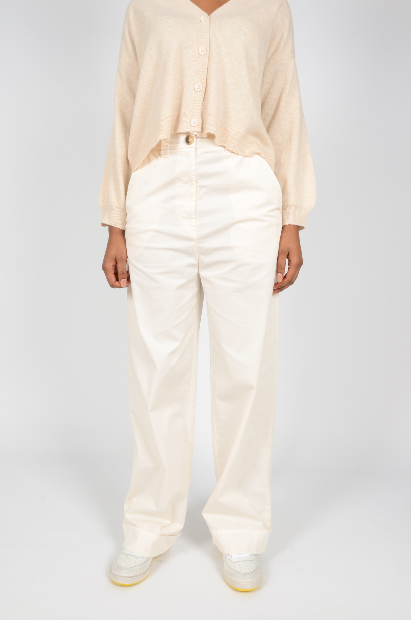 WIDE TROUSERS IN CREAM-2