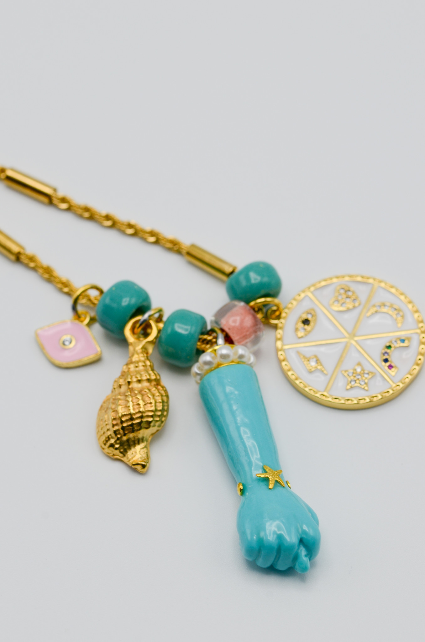 FIG HAND PENDANT IN TURQUOISE-3