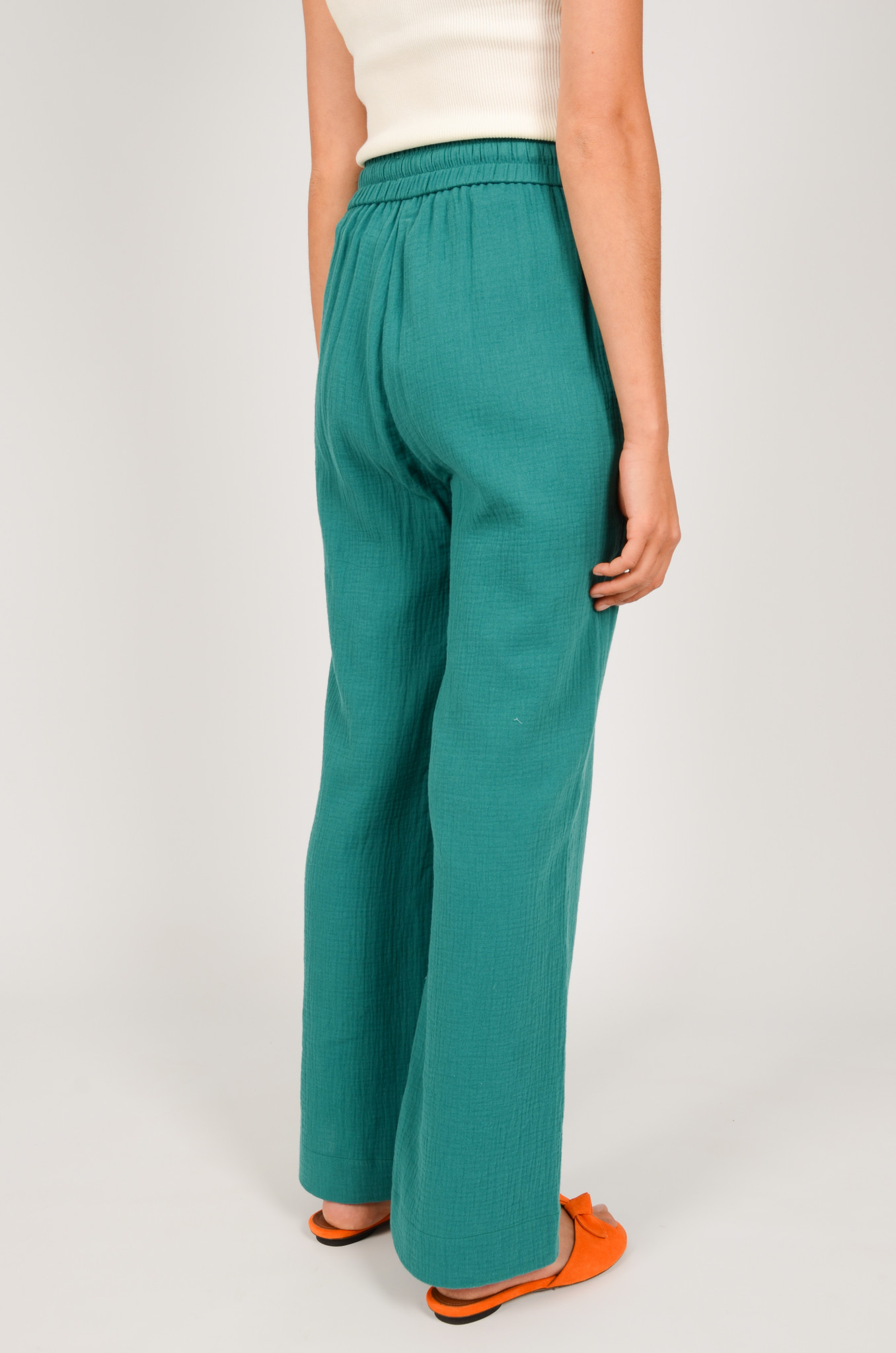 PATTY TROUSERS IN GREEN-4