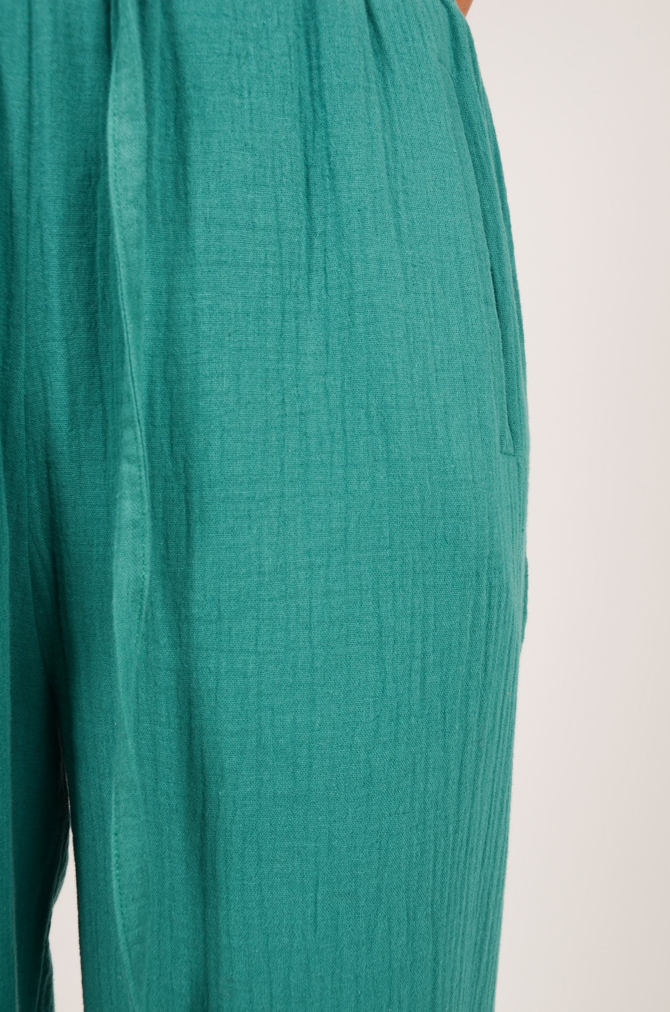 PATTY TROUSERS IN GREEN-5