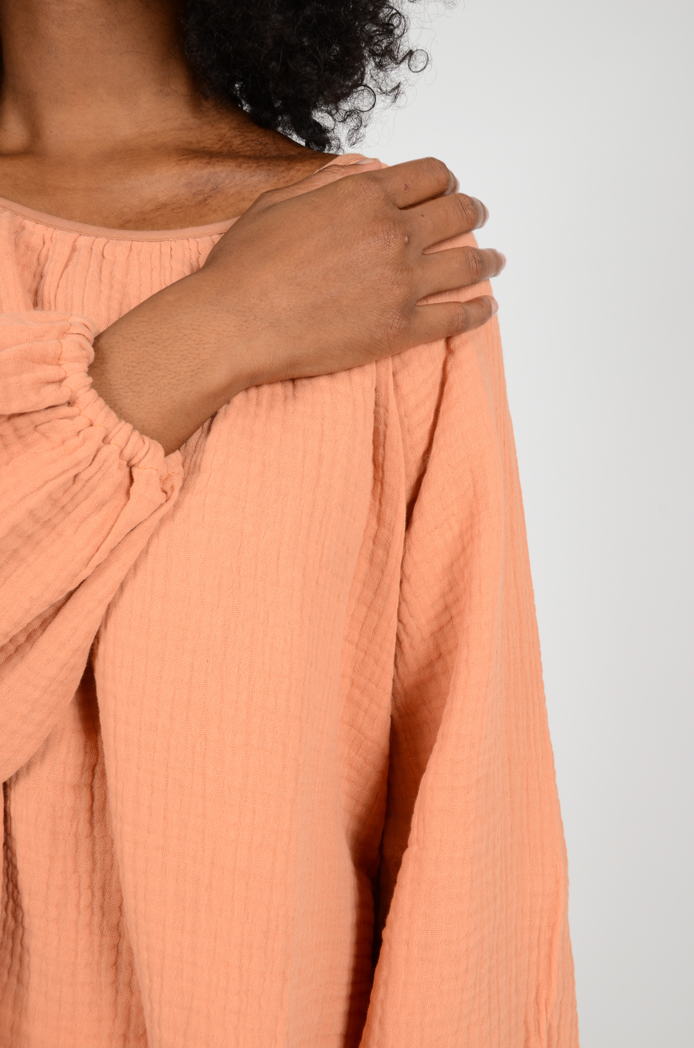 MORNING BLOUSE IN PEACH-5