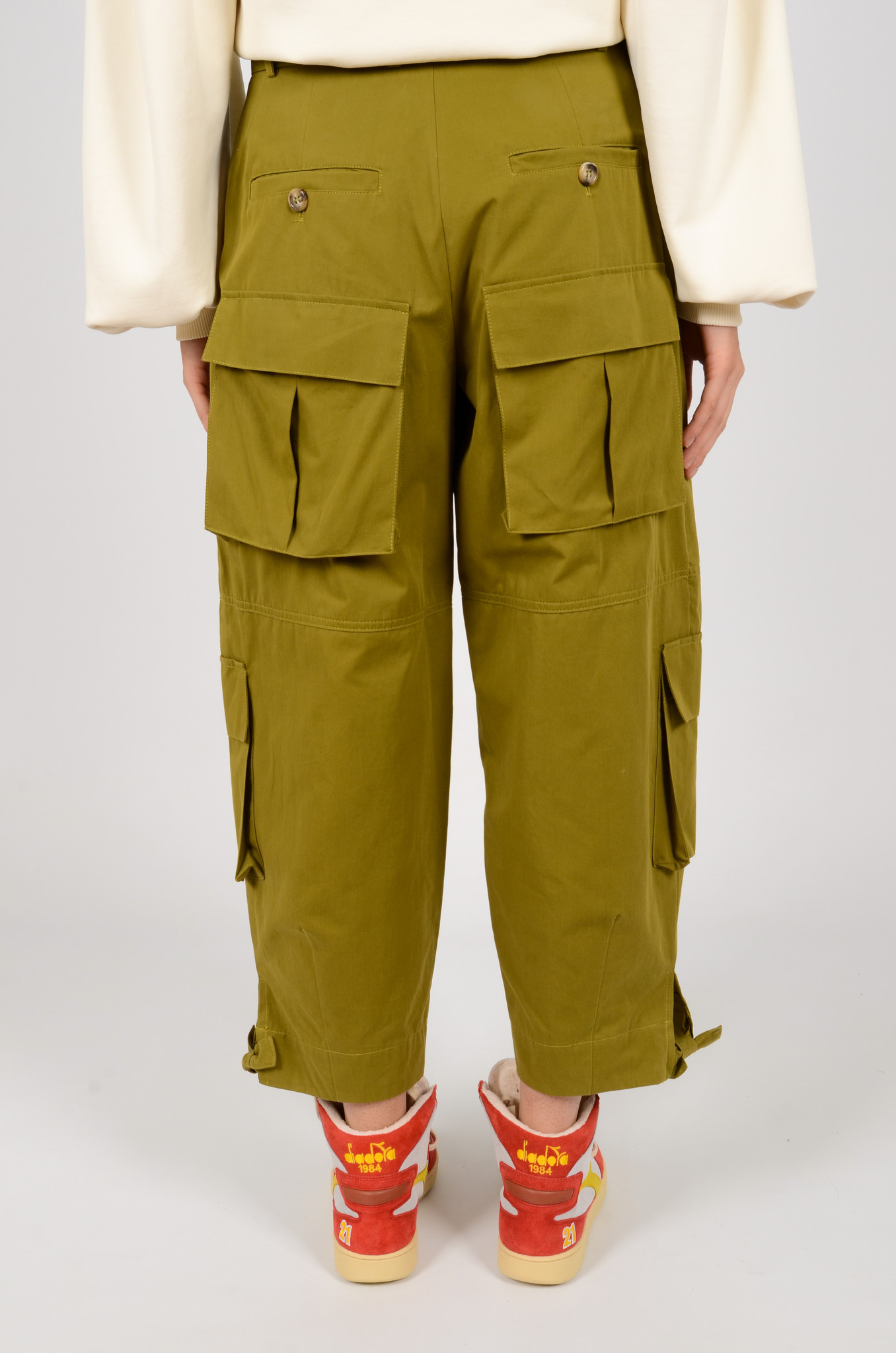 CARGO PANTS IN OLIVE GREEN-4