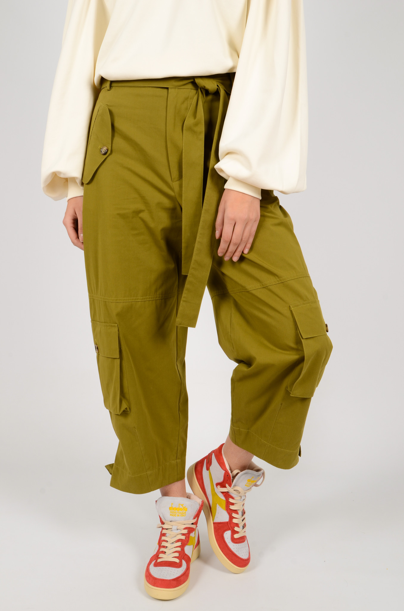 CARGO PANTS IN OLIVE GREEN-5