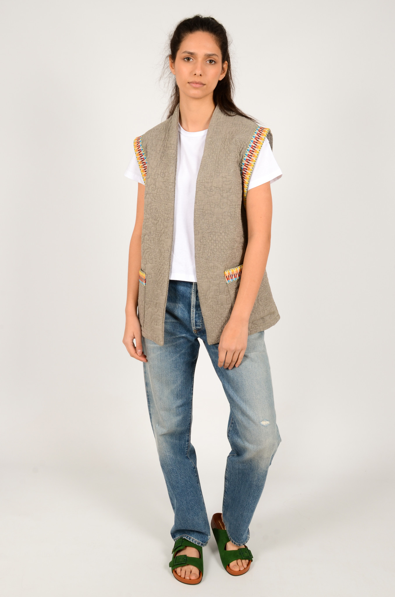 QUILTED SLEEVELESS JACKET GREY-6