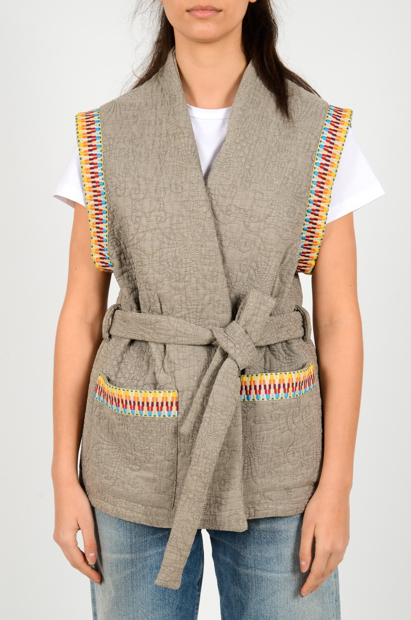 QUILTED SLEEVELESS JACKET GREY-1