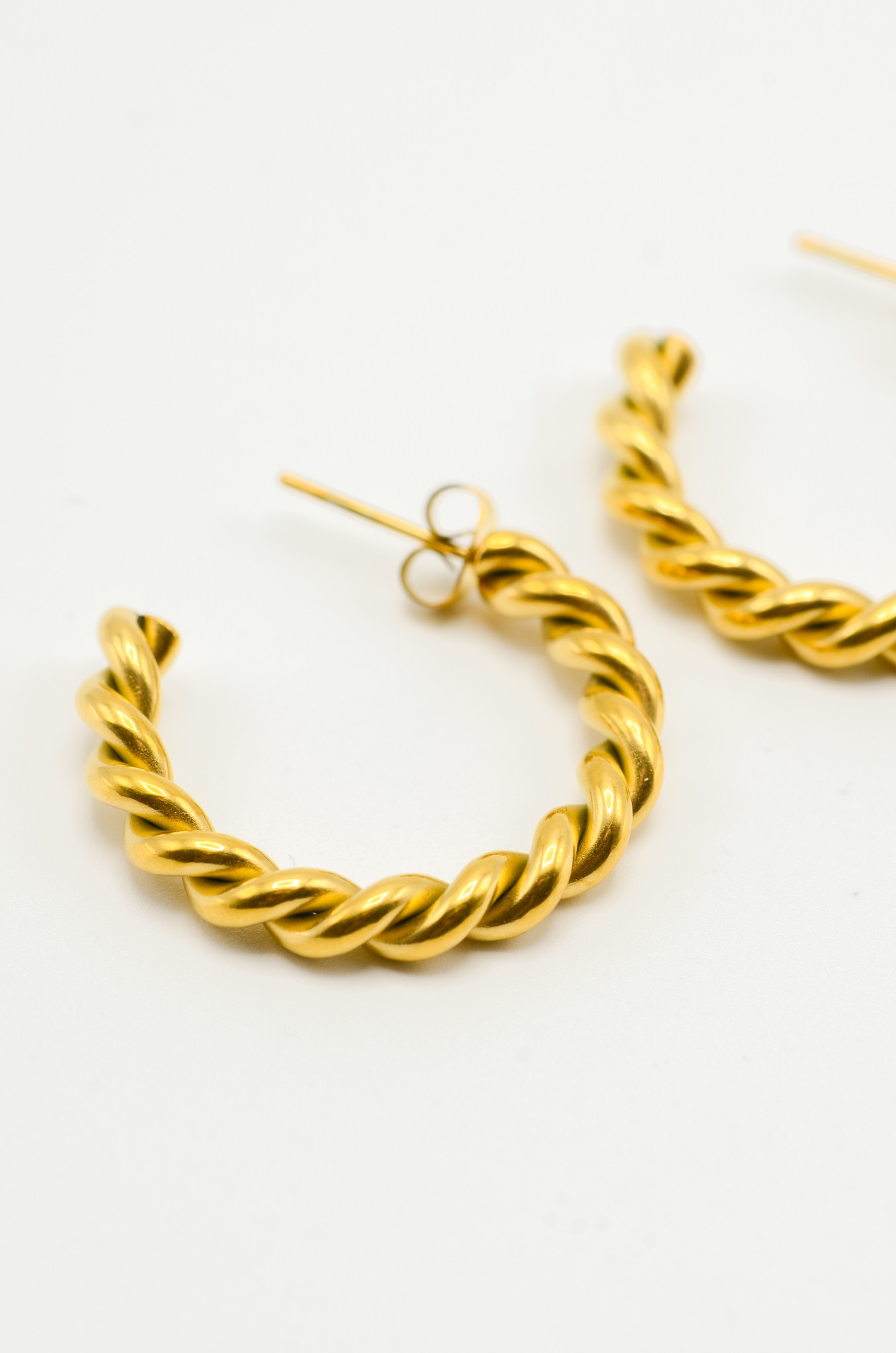 LARGE TWISTED HOOPS-2