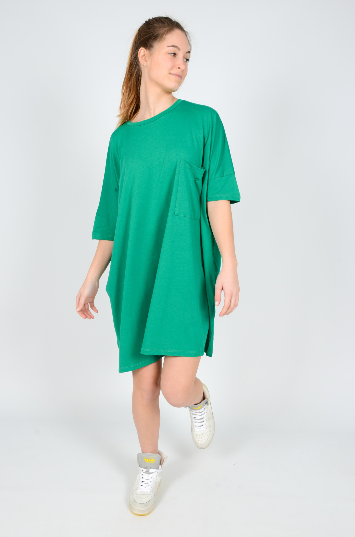 T-DRESS IN GREEN-6