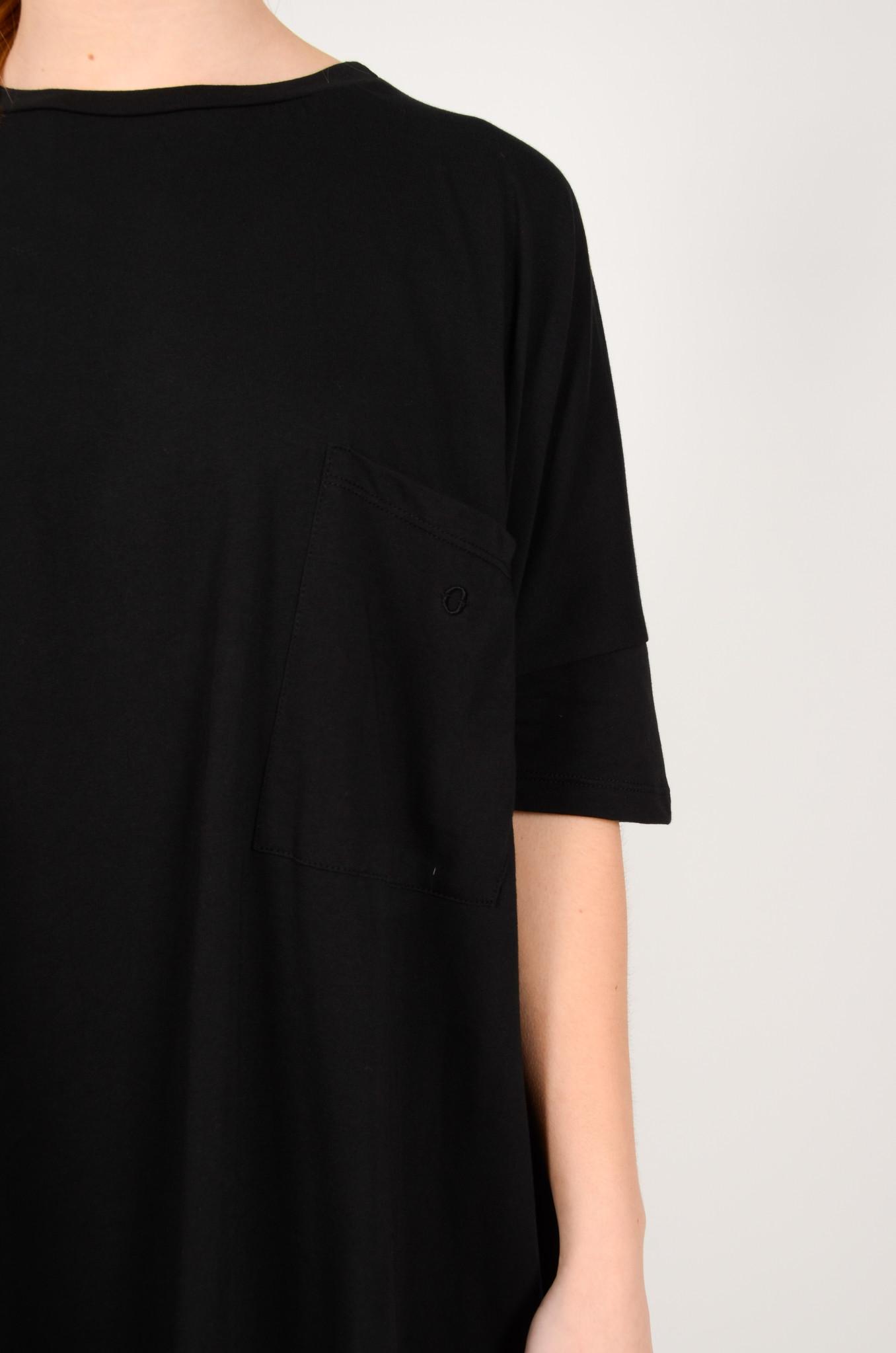T-DRESS IN BLACK-5
