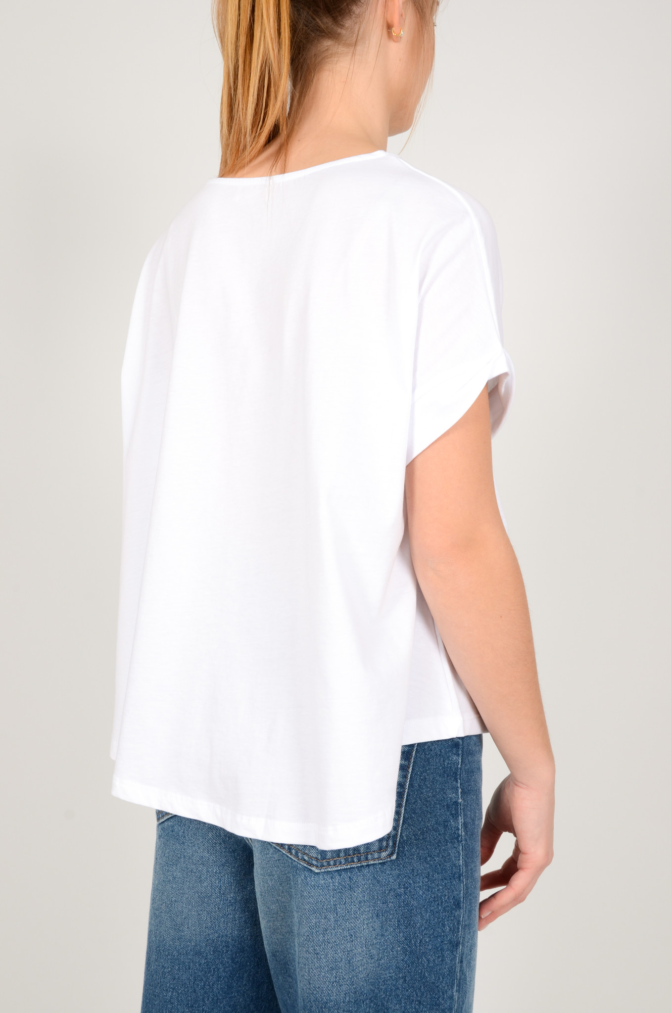 A SHAPE TEE IN WHITE-3