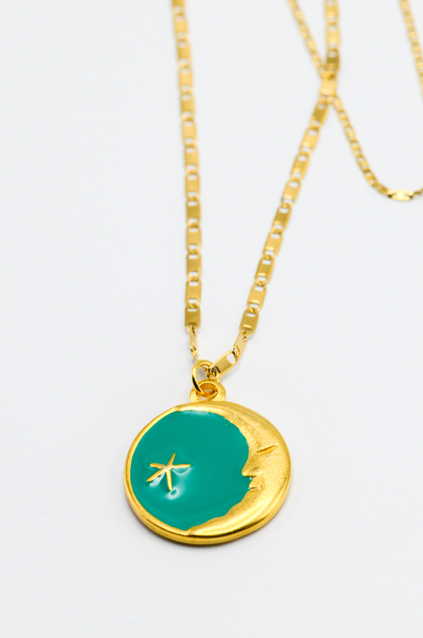 LUNA CHARM NECKLACE IN GREEN-2