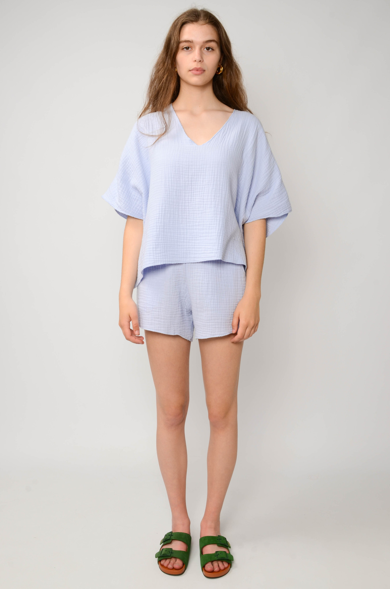 DATAI SHORTS IN ICE BLUE-2