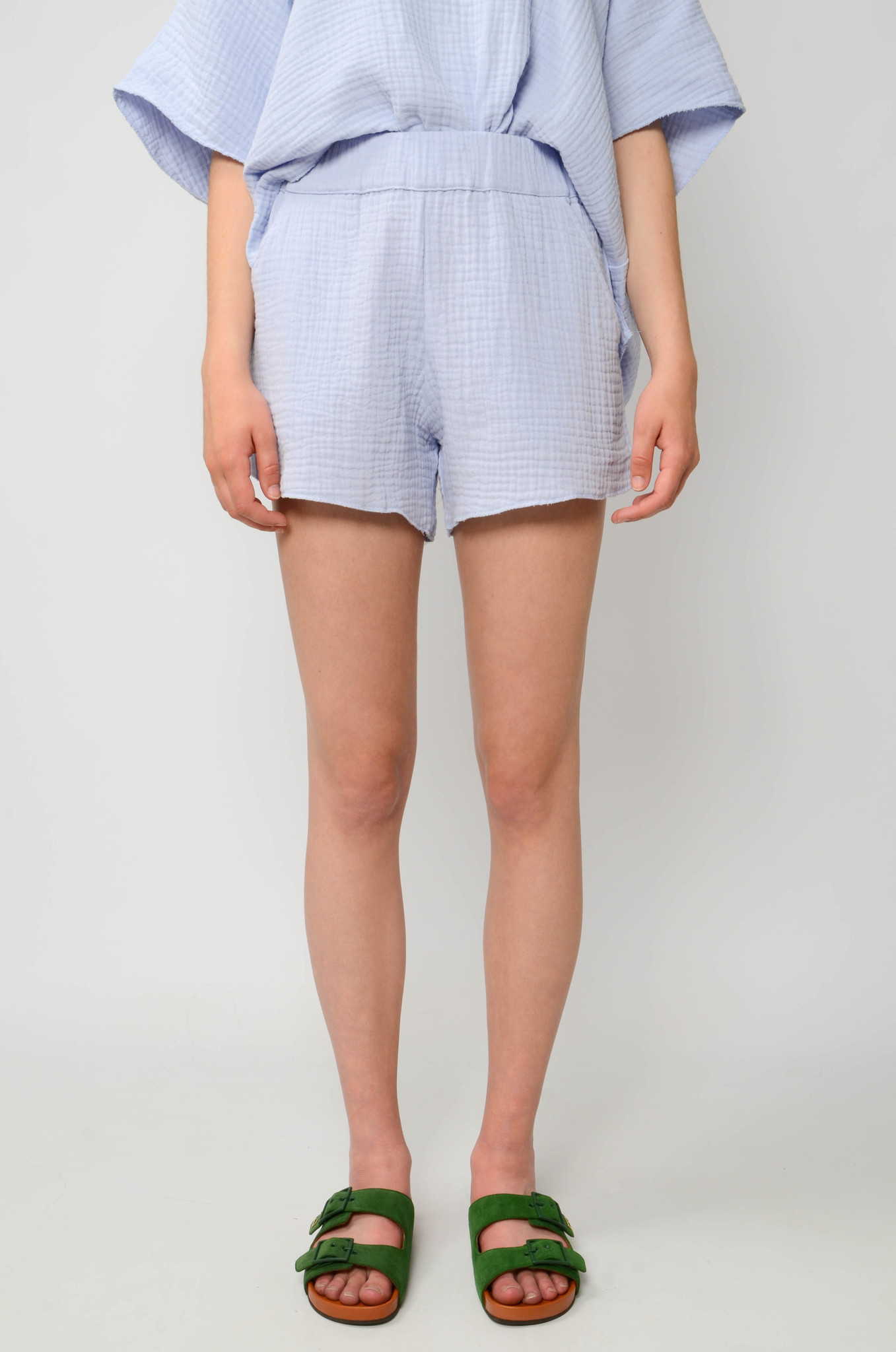 DATAI SHORTS IN ICE BLUE-1