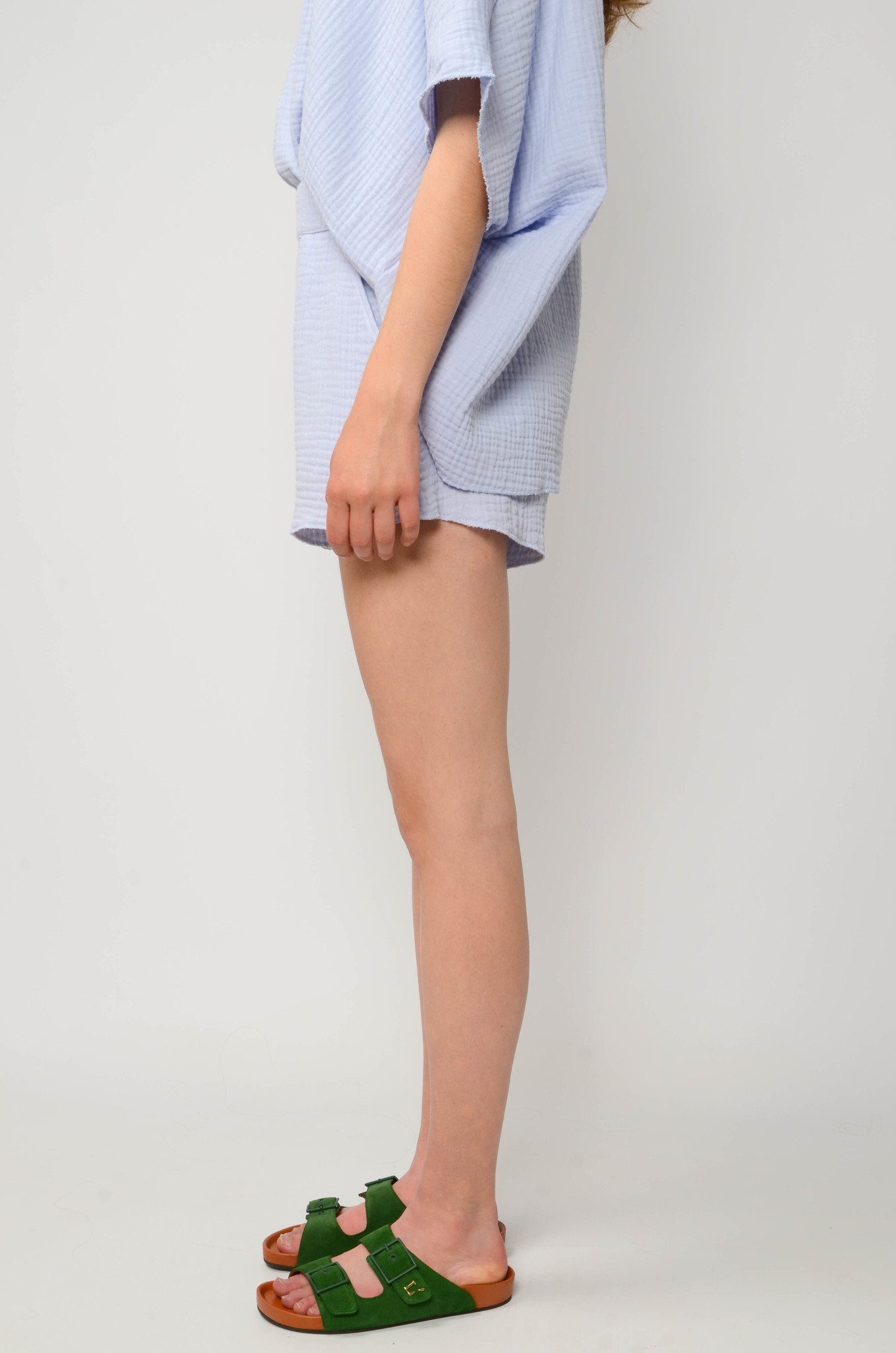 DATAI SHORTS IN ICE BLUE-3