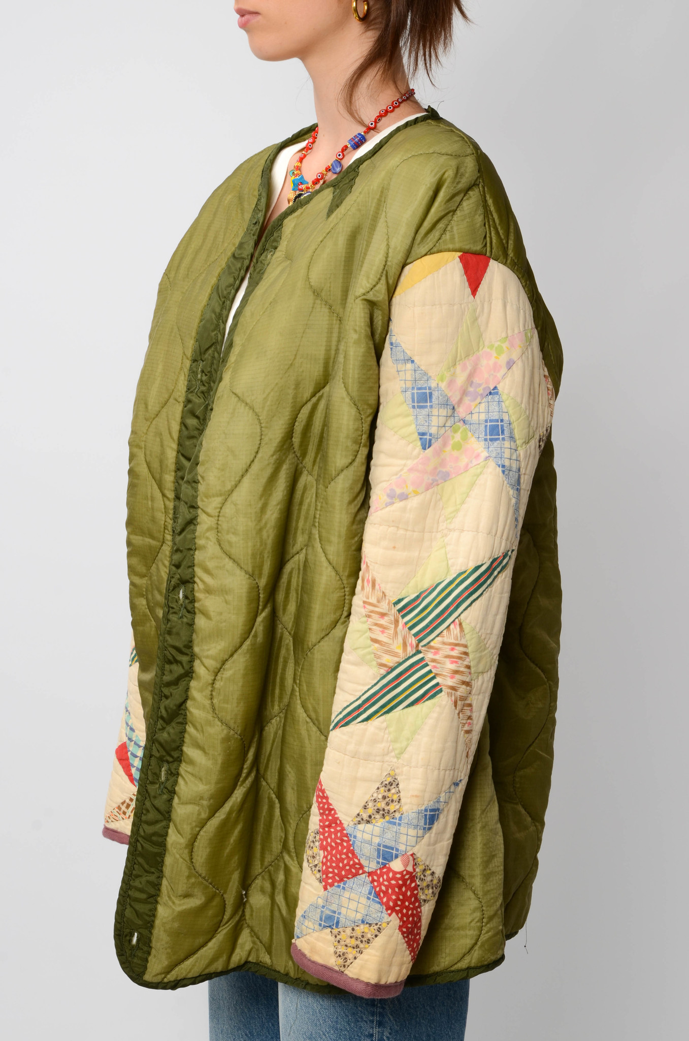 UPCYCLED QUILTED  JACK WITH PATCHWORK SLEEVES-3
