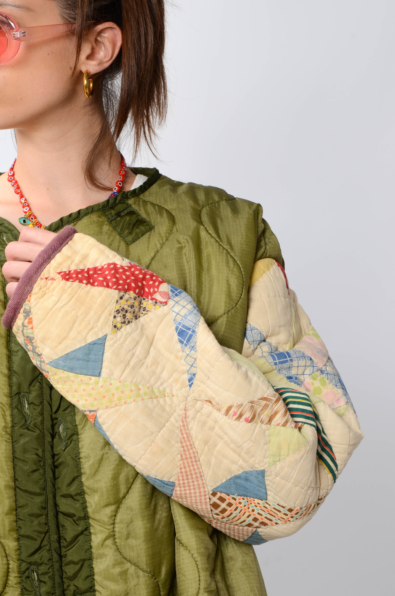 UPCYCLED QUILTED  JACK WITH PATCHWORK SLEEVES-5