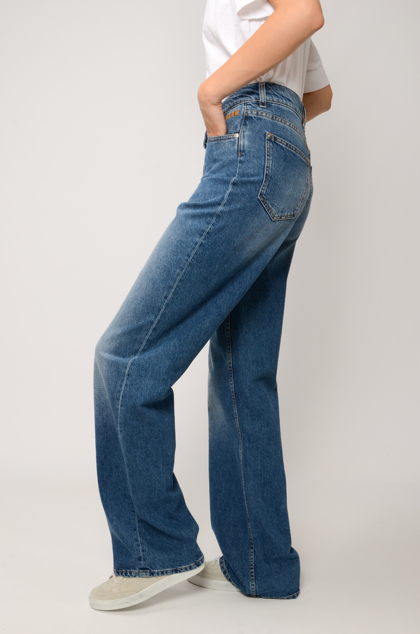 HIGH RISE STRAIGHT JEANS-6