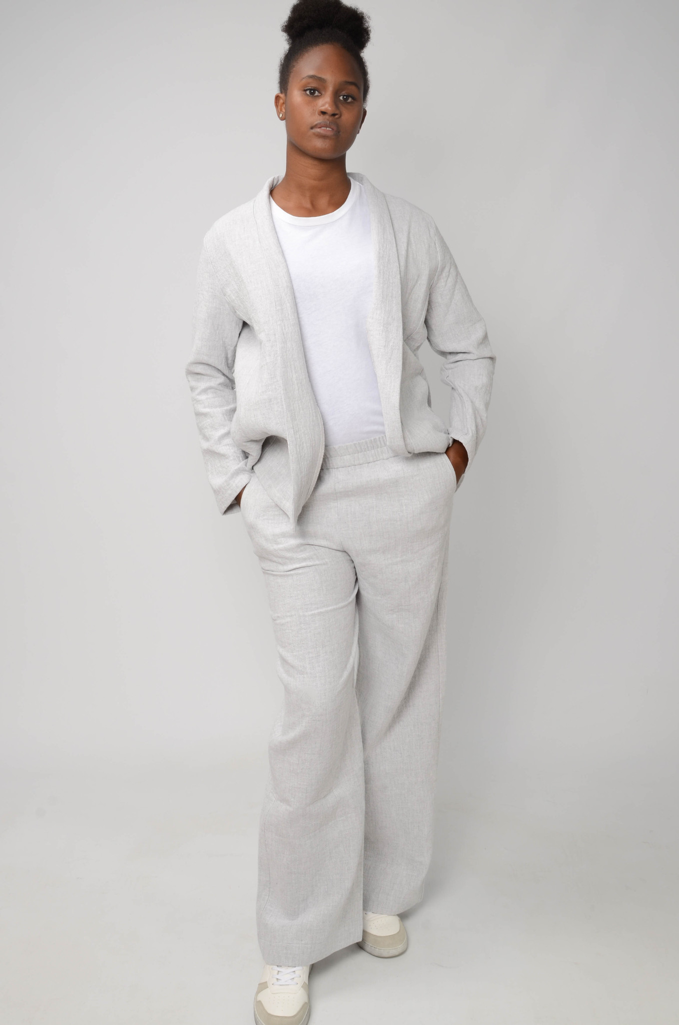 JACKIE TROUSERS IN LIGHT GREY-2