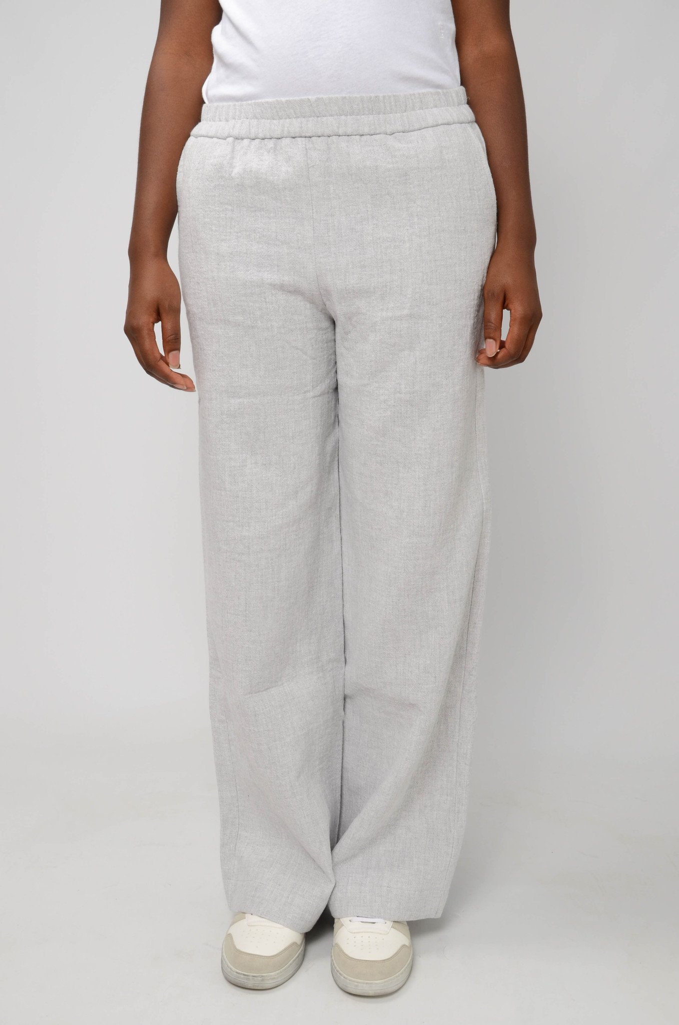 JACKIE TROUSERS IN LIGHT GREY-1