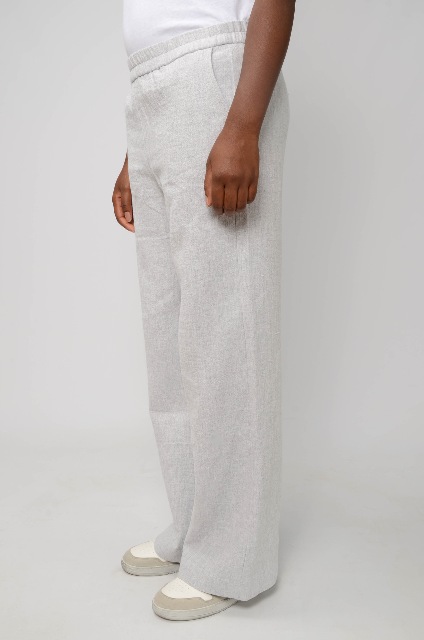 JACKIE TROUSERS IN LIGHT GREY-3