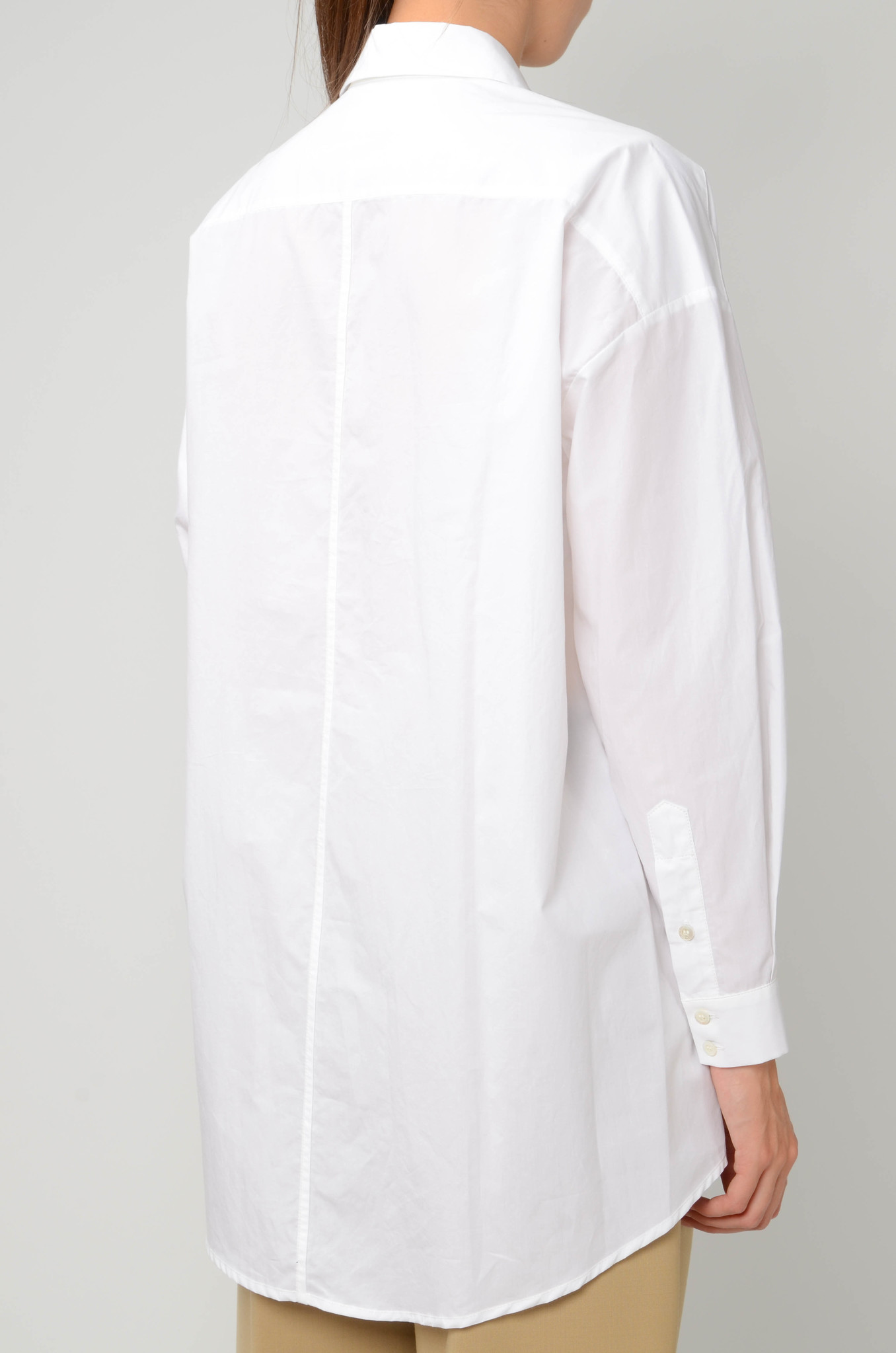 ESSENTIAL SHIRT IN WHITE-4