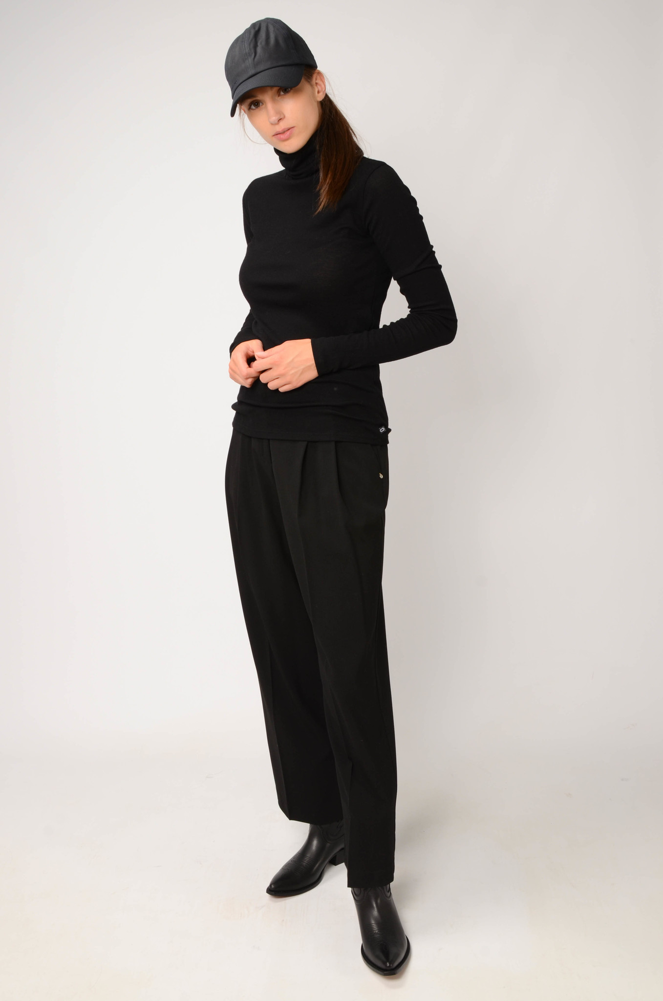 PLEATED TROUSERS-2