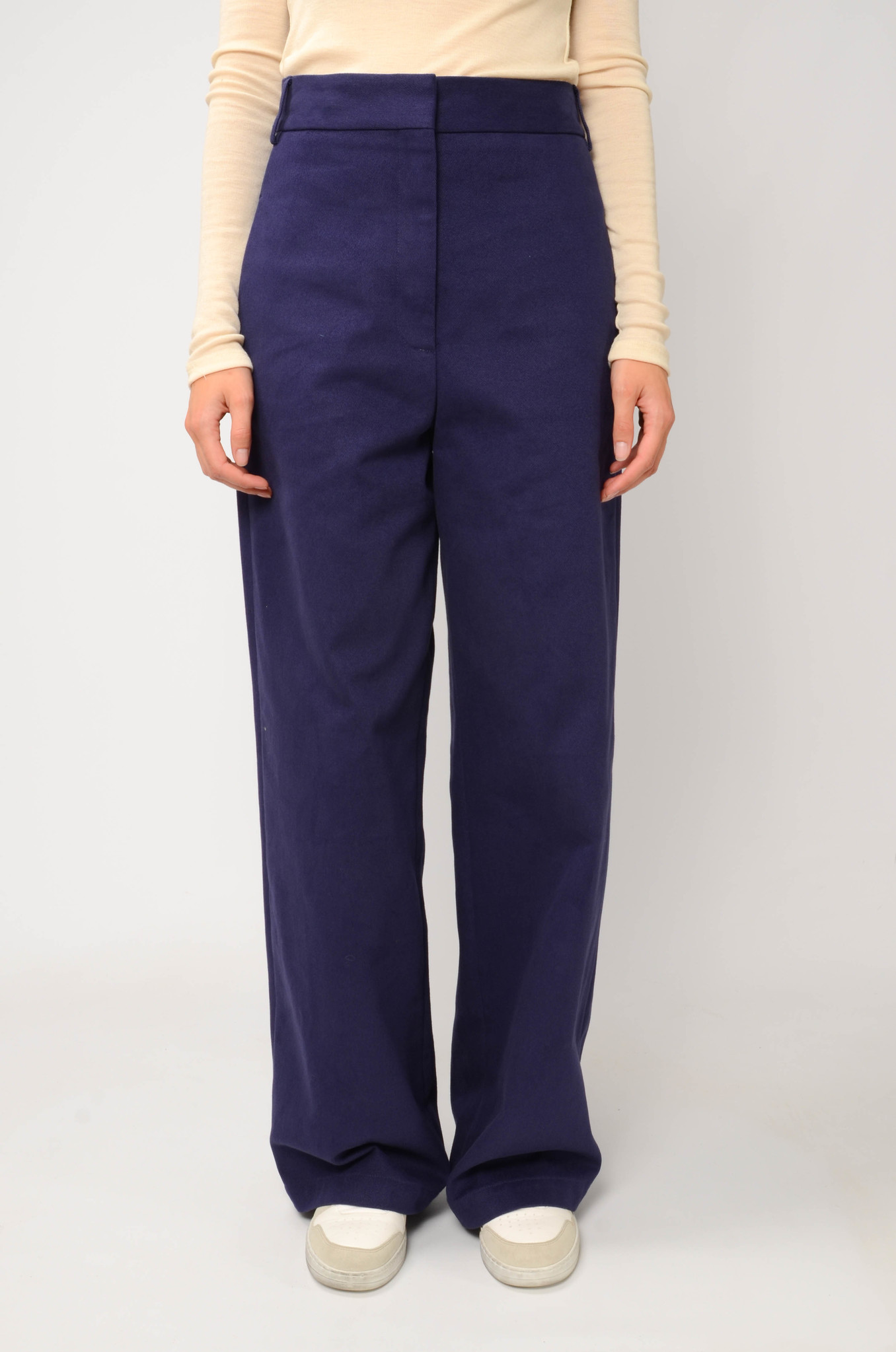 ANNIE TROUSERS IN NAVY BLUE-1