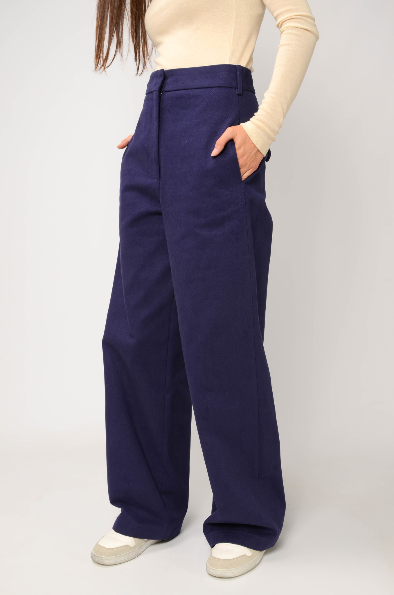 ANNIE TROUSERS IN NAVY BLUE-5