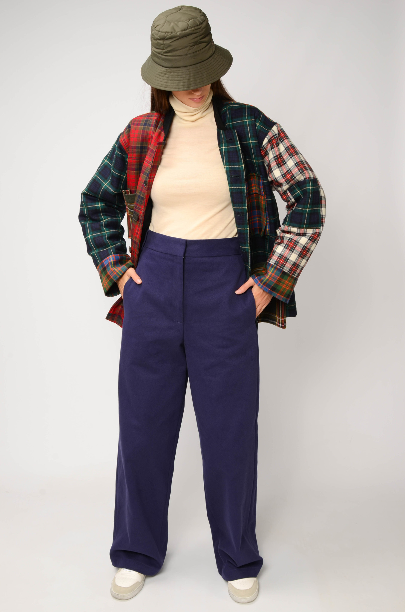 ANNIE TROUSERS IN NAVY BLUE-2