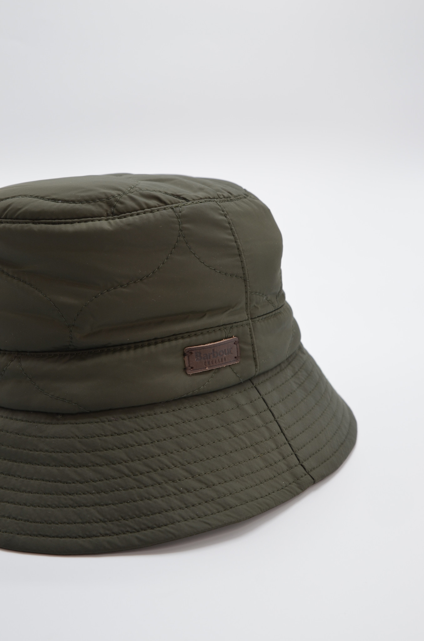 QUILTED  BUCKET HAT IN OLIVE-4