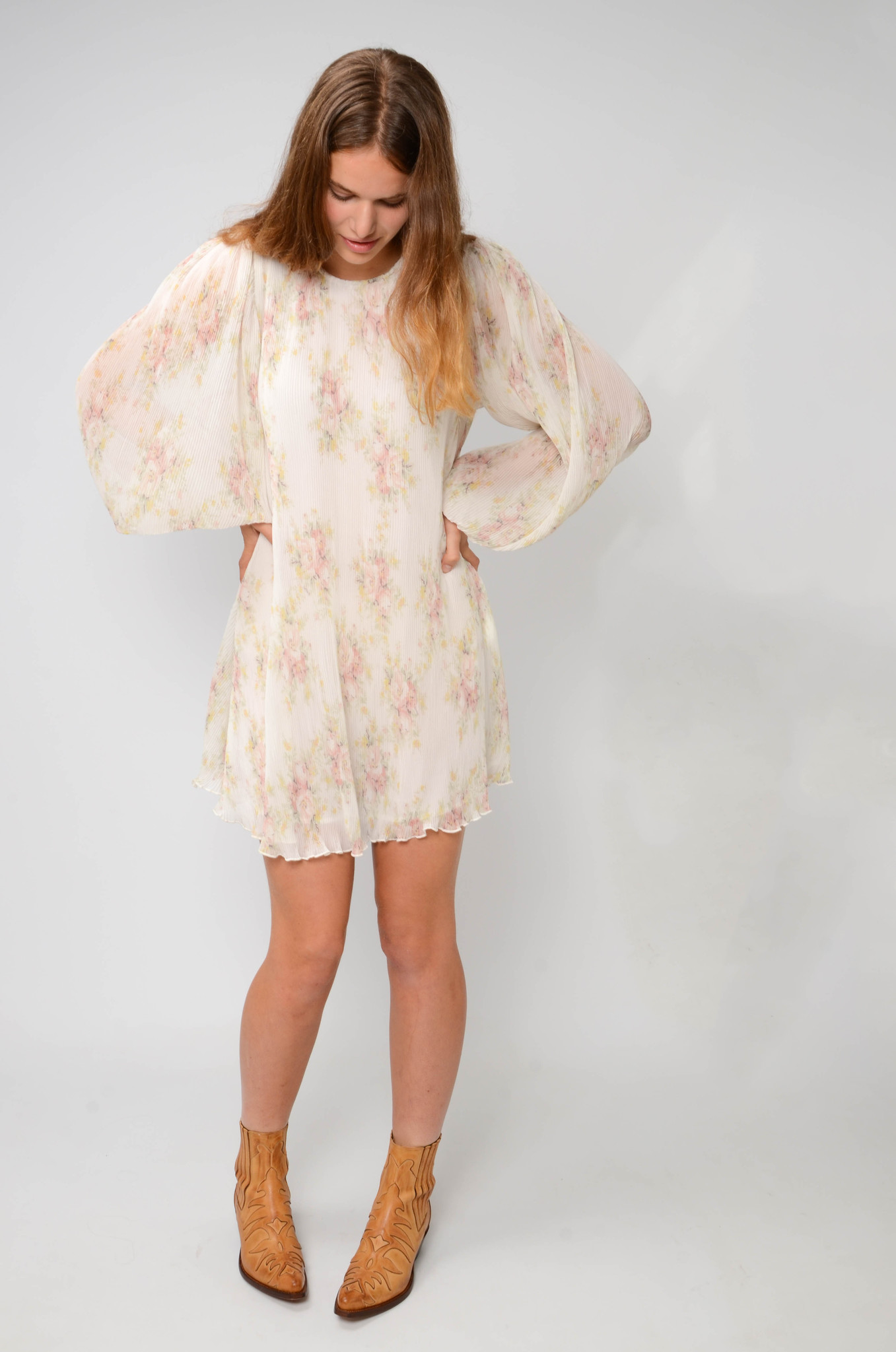 PLEATED GEORGETTE SHORT DRESS-2