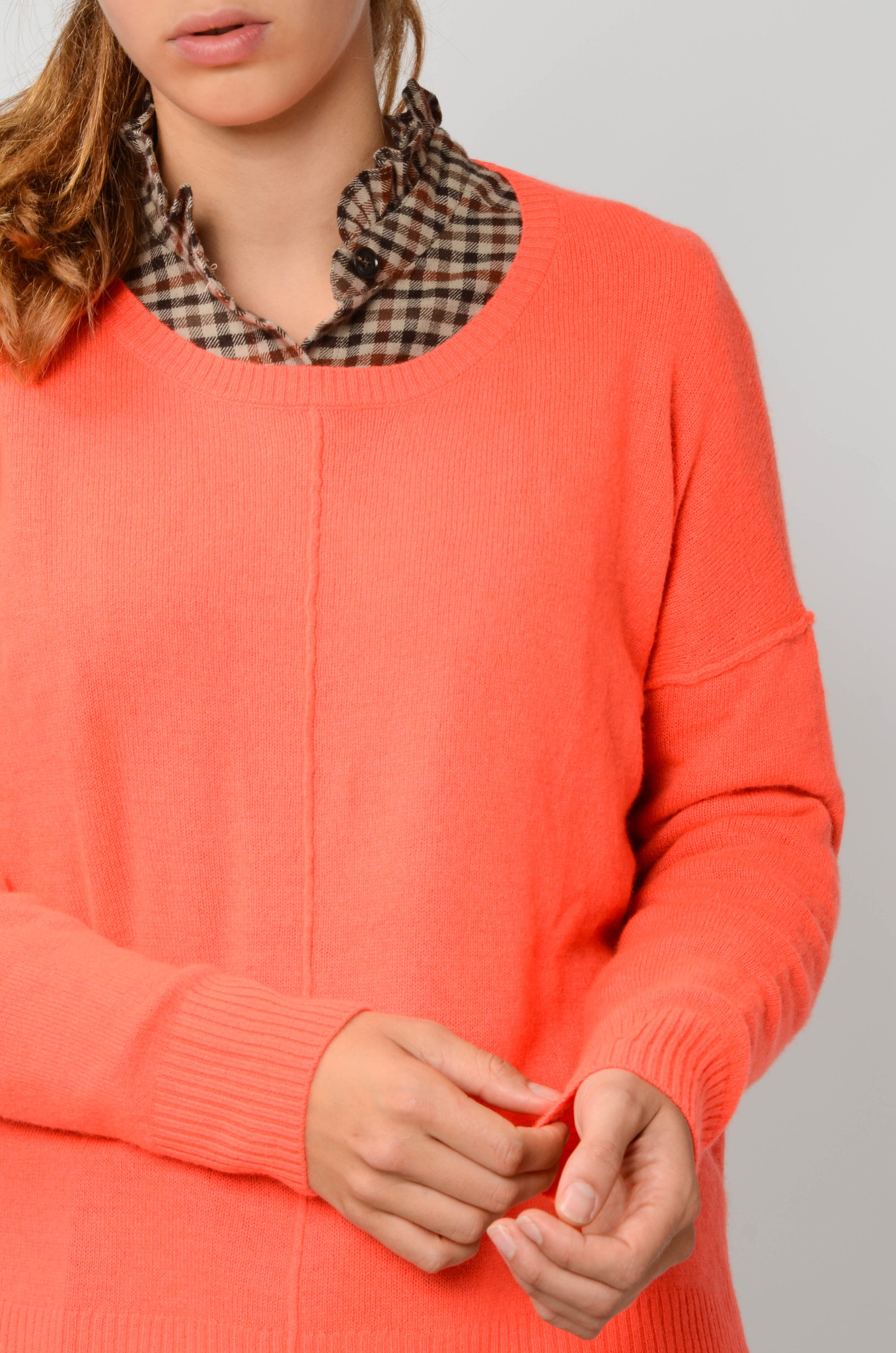 KENZA SWEATER IN NEON CORAL-5