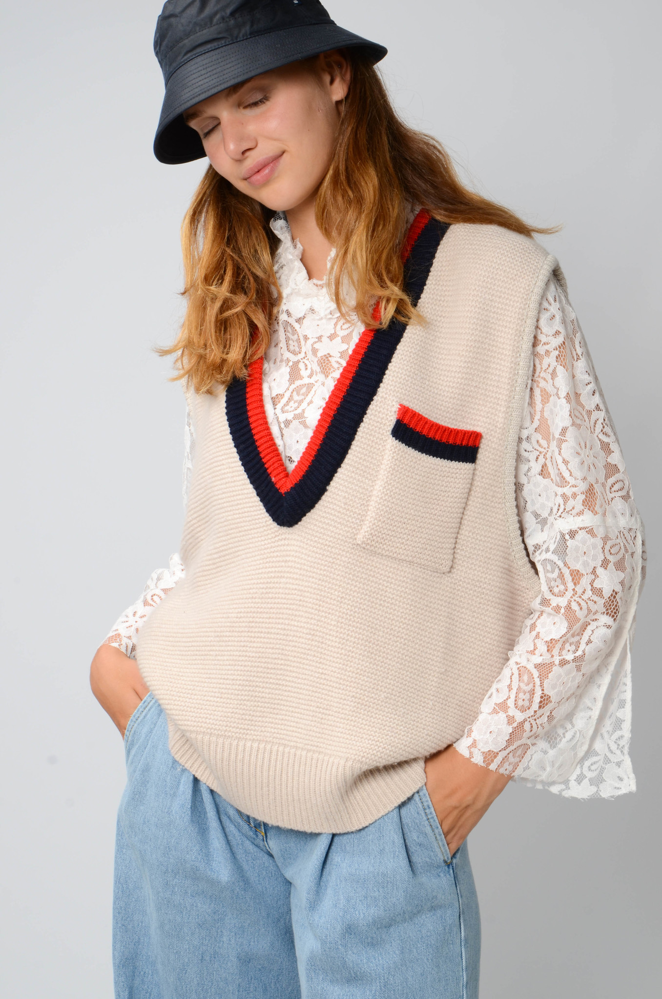 COLLEGE KNITTED VEST-5