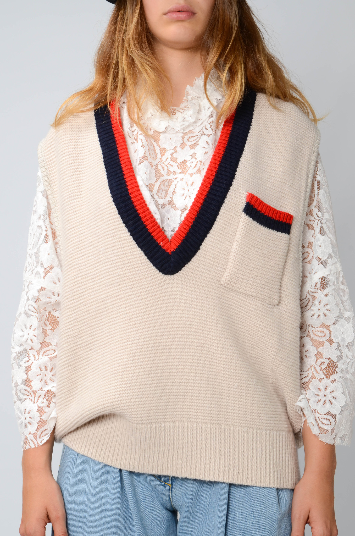 COLLEGE KNITTED VEST-1