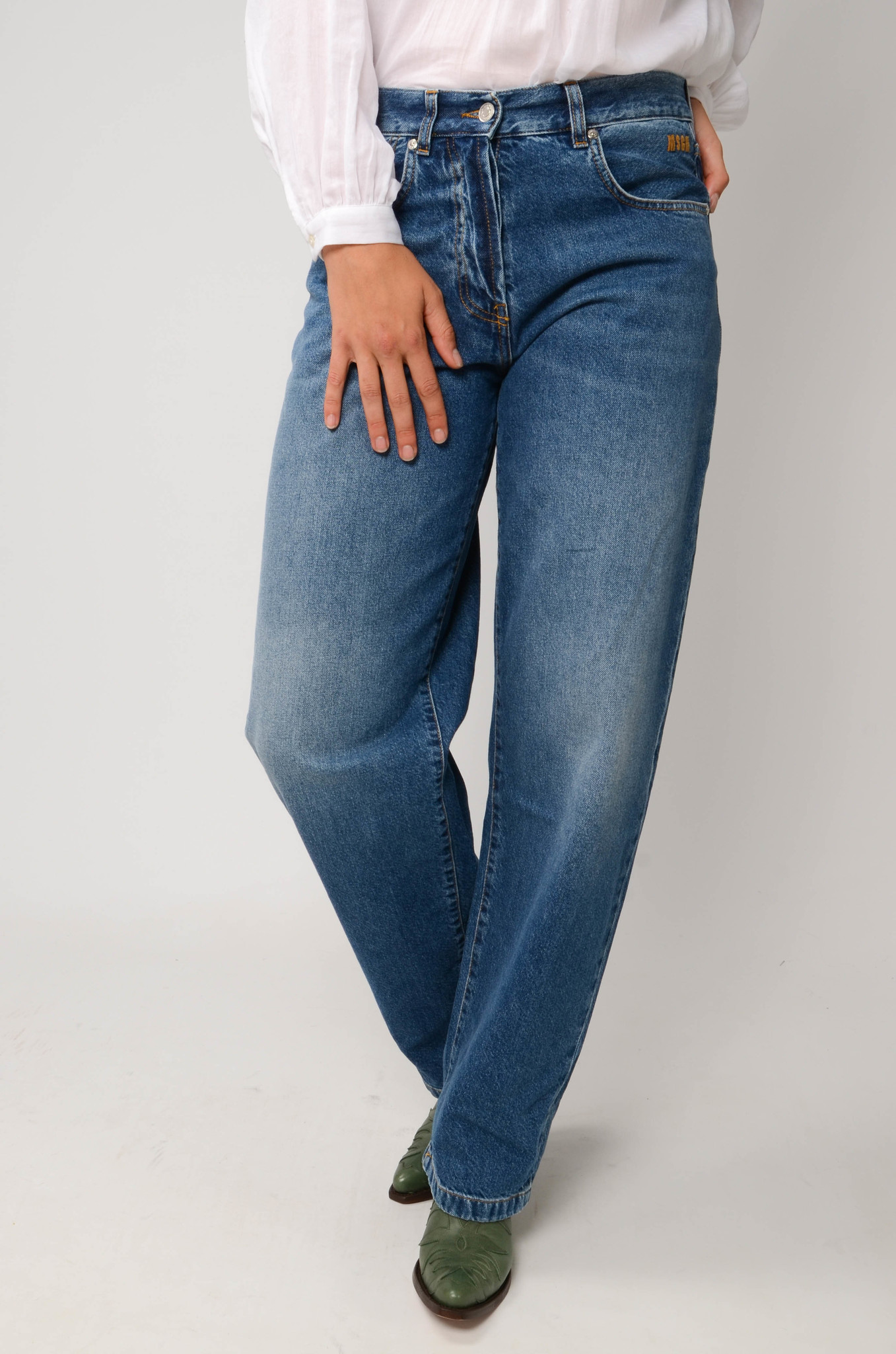 TAPERED MOM JEANS-5